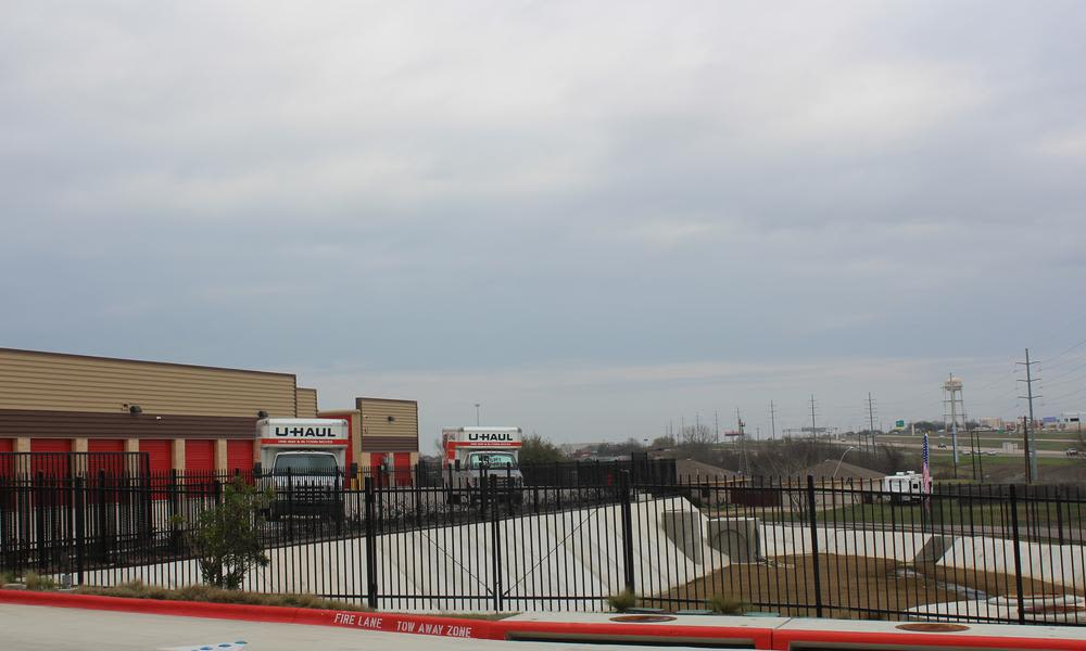 Front view at large parking in Pflugerville, Texas