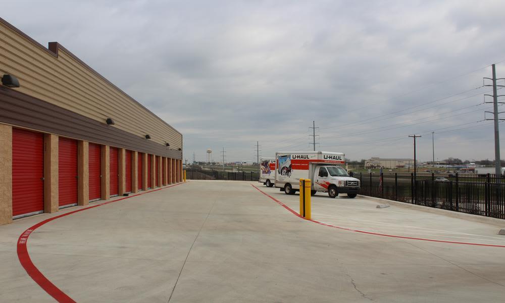 Large parking at Pflugerville, Texas