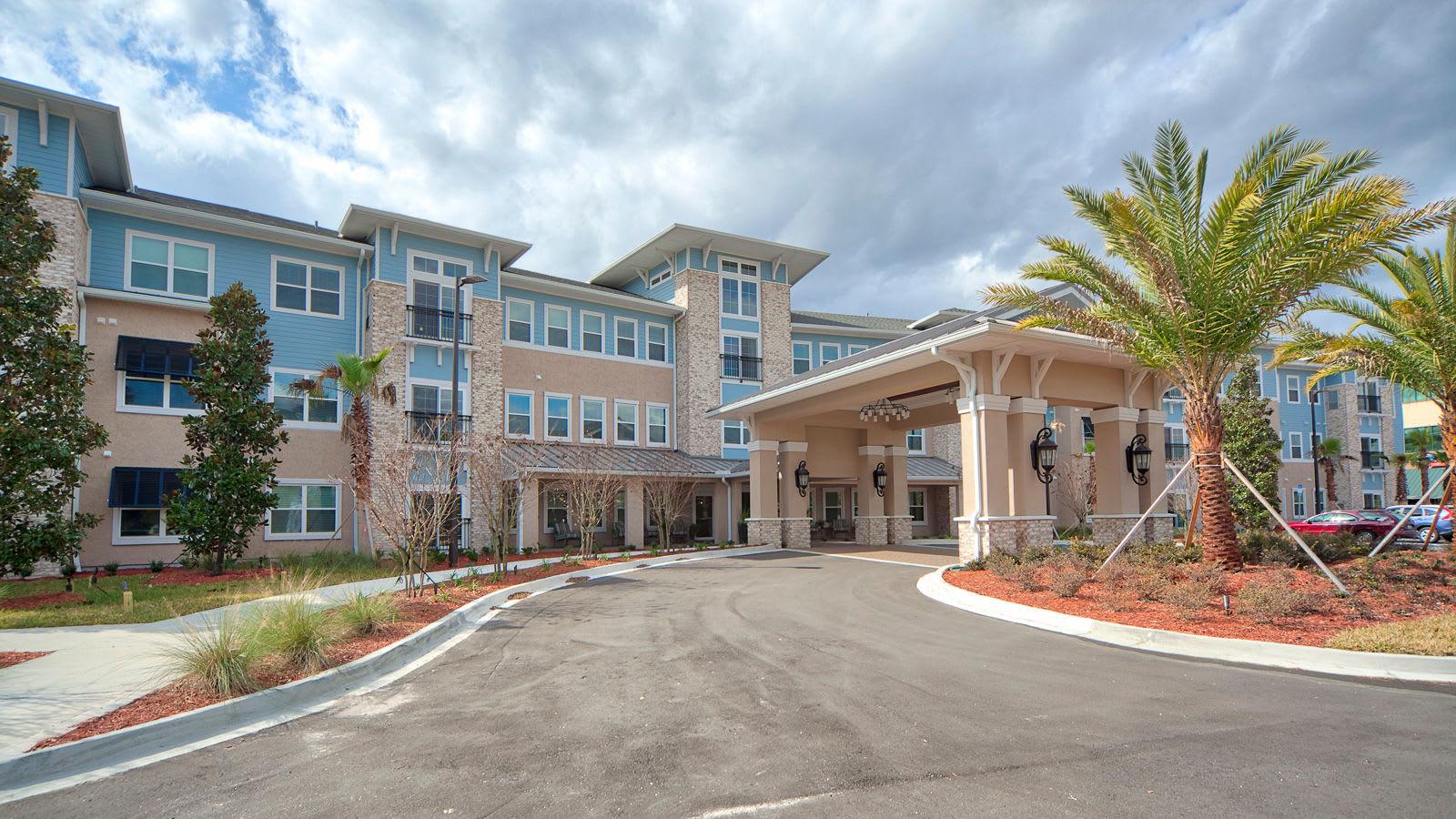 Exquisite senior living facility located in Jacksonville