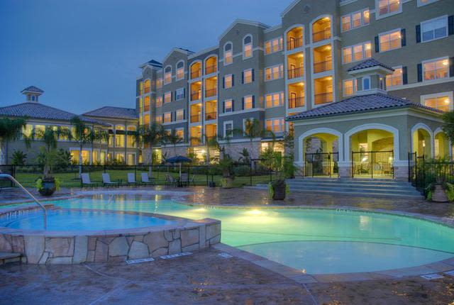 Front view at apartments in The Woodlands, Texas