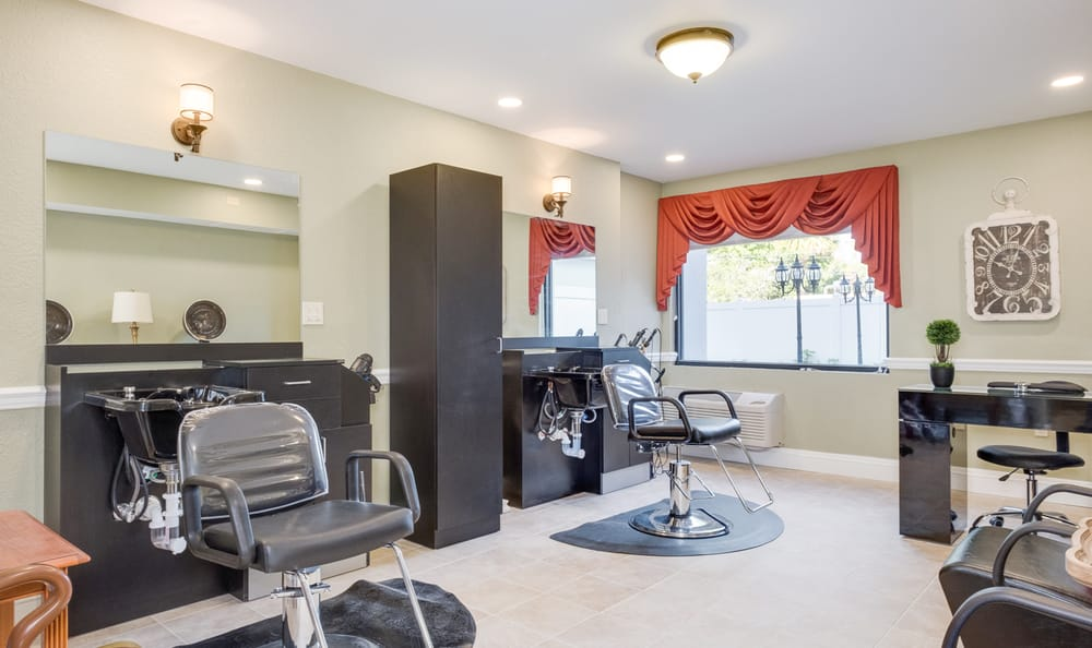 Beauty salon at Grand Villa of Boynton Beach in Boynton Beach, Florida