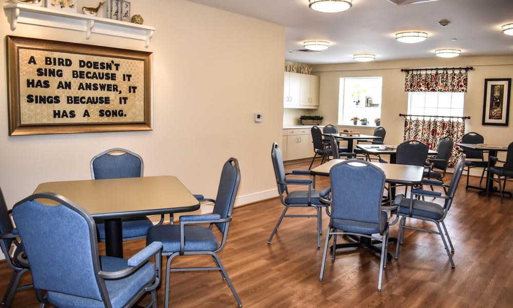 Lobby room at Artis Senior Living of Elmhurst in Elmhurst