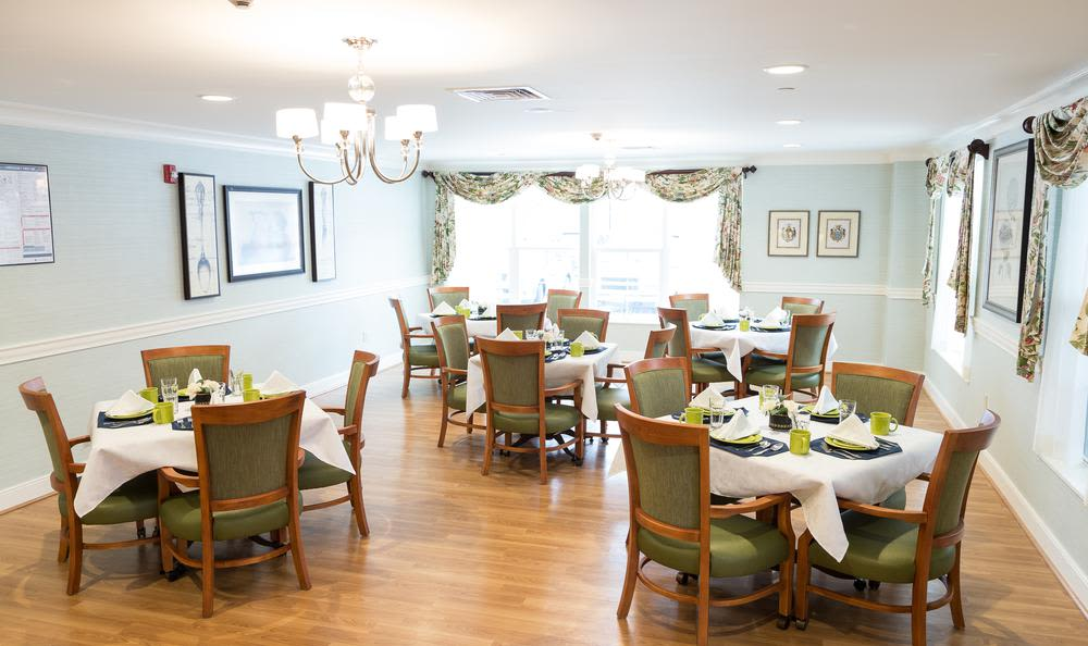 Dining room at Artis Senior Living of Princeton Junction in Princeton