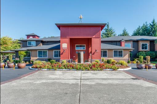 Front view at apartments in Lakewood, Washington