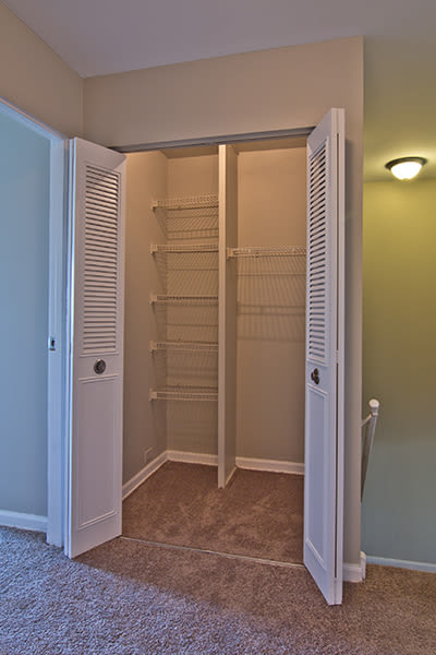 Large closets at The Summit at Ridgewood in Fort Wayne, Indiana