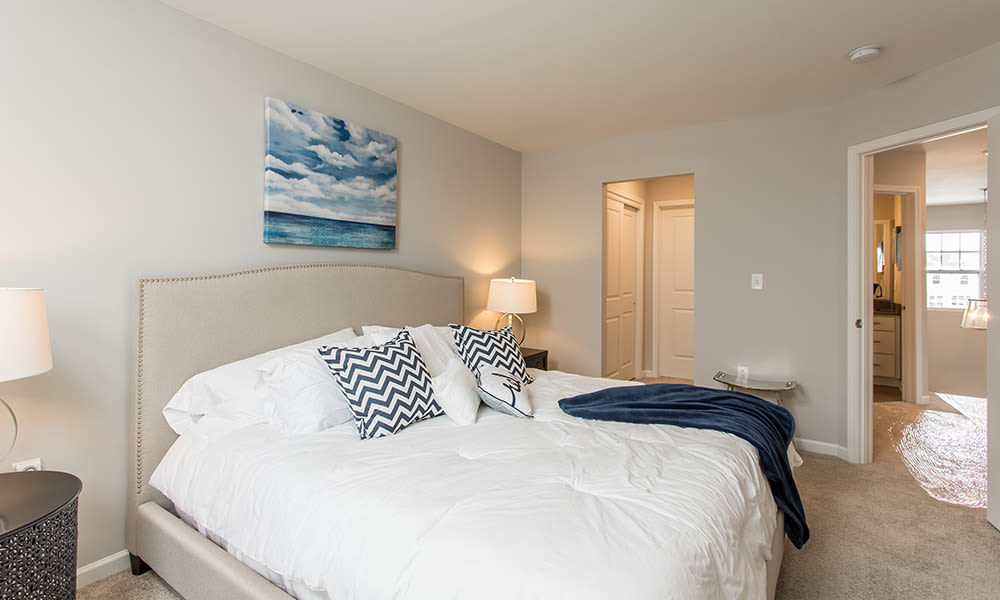 Modern bed room in Woodland Acres Townhomes model home