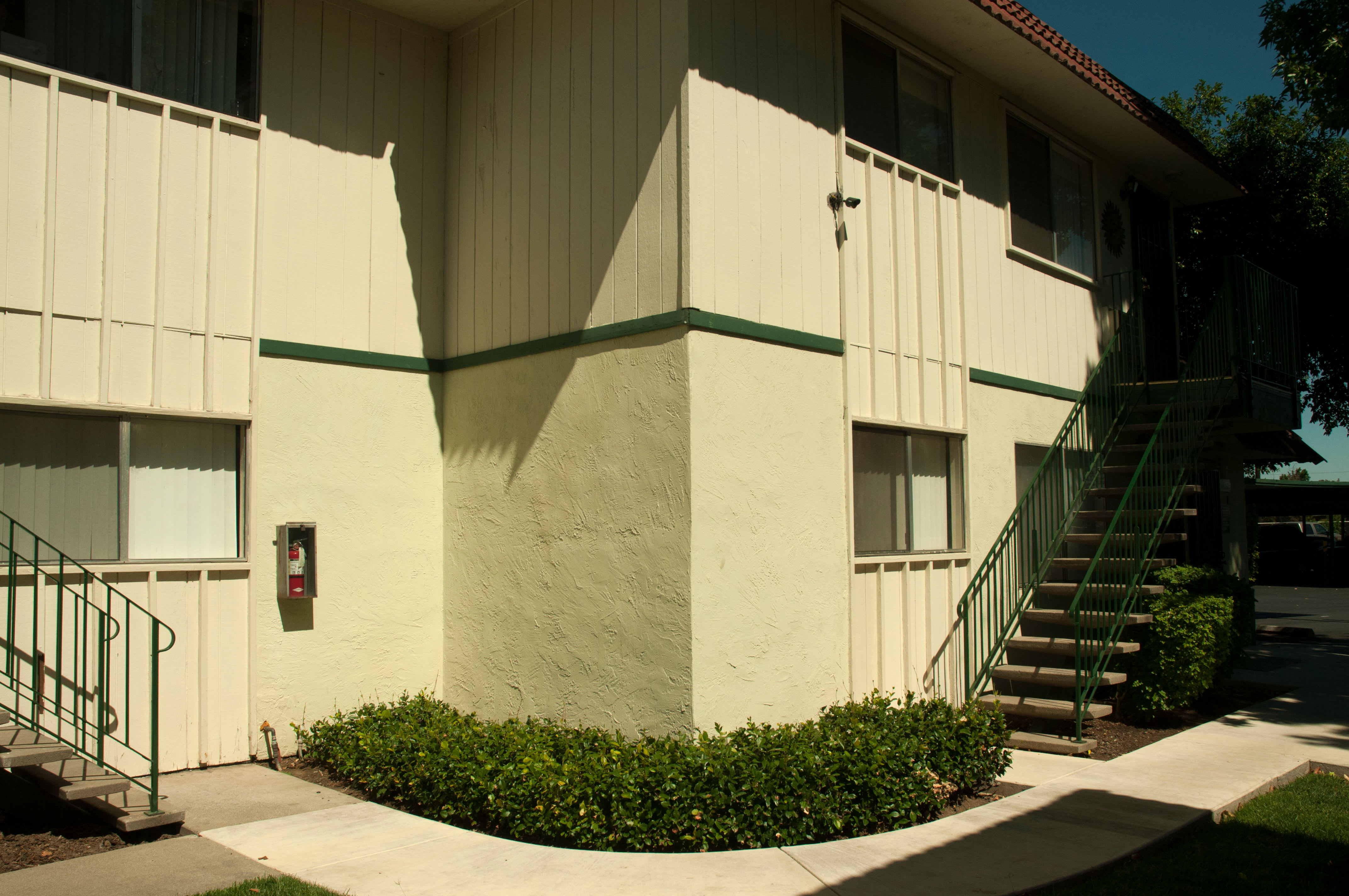 Front view of apartments at Buchanan Gardens in Antioch, California