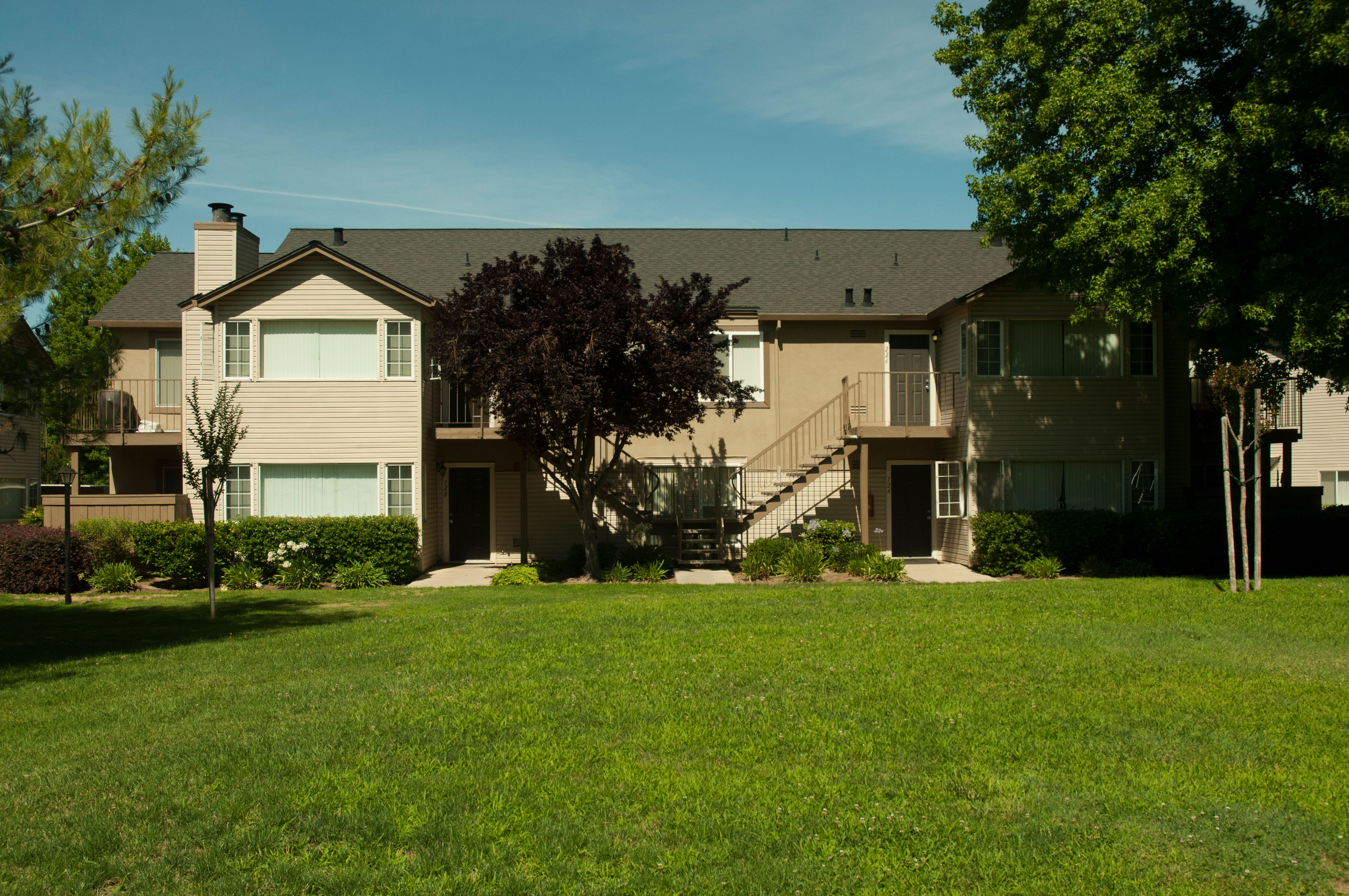 Apartment front view at Carmel Woods in Modesto, California