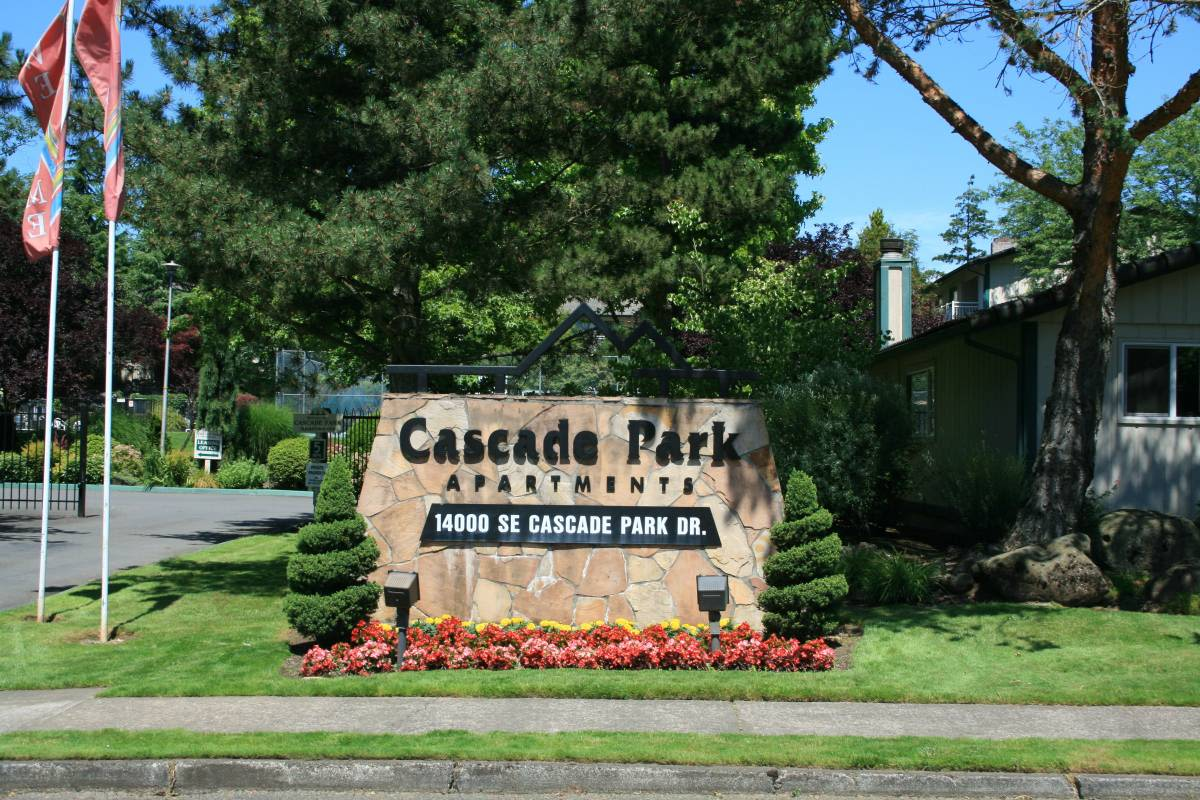 Front Sign at Cascade Park in Vancouver, Washington