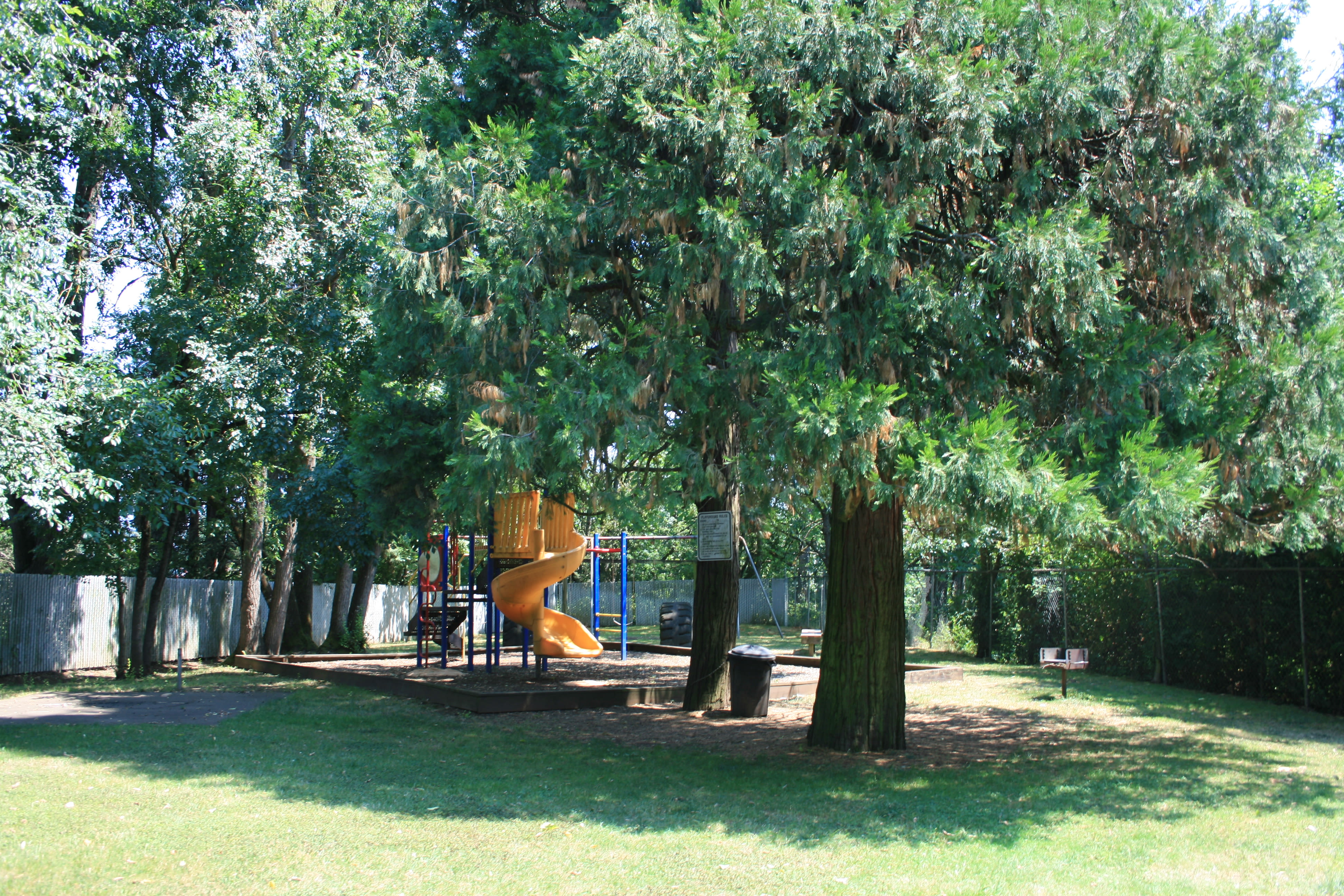 Fountain Court offers a playground in Springfield, Oregon