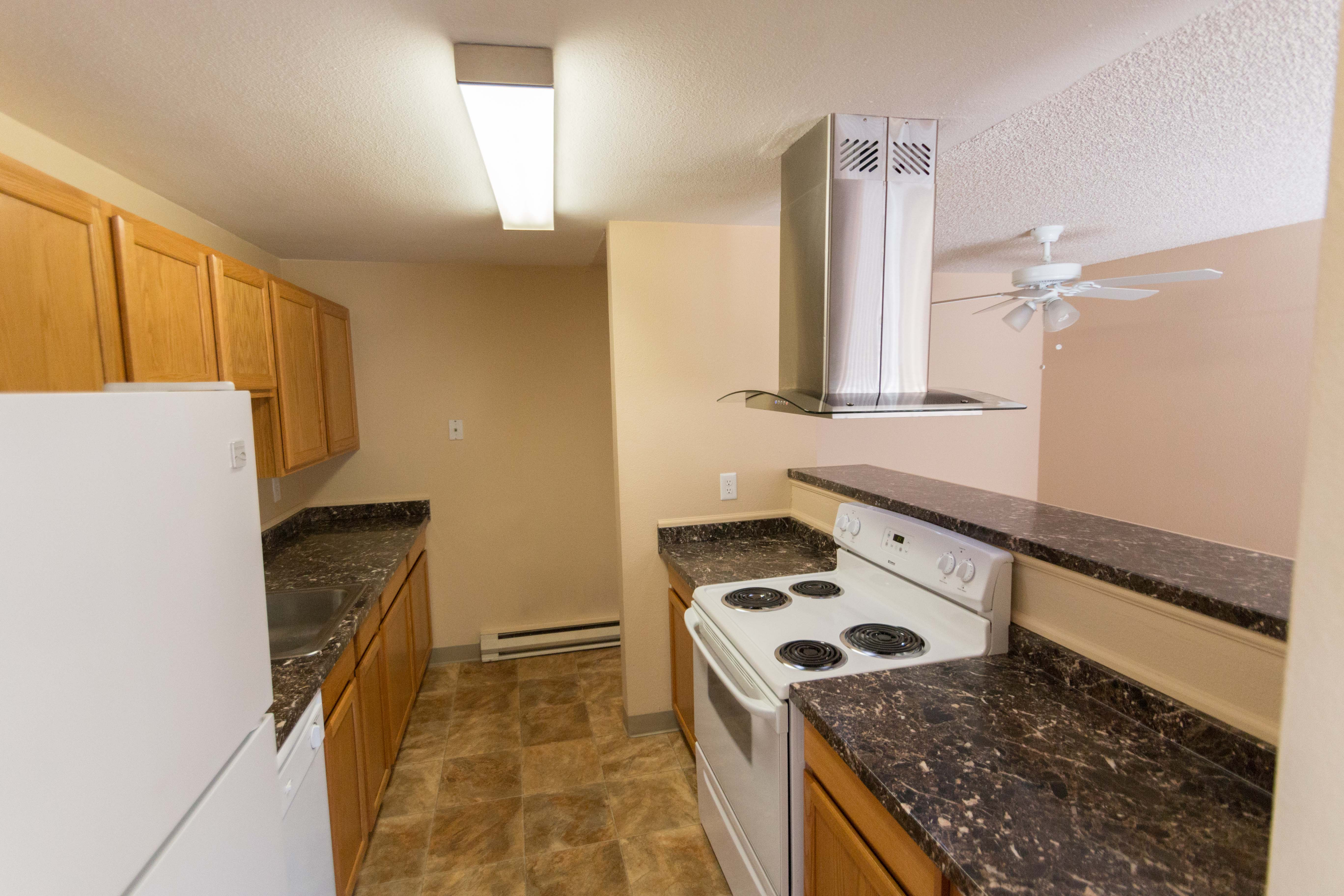 Oakbrook Apartments offers a modern kitchen in Vancouver, Washington