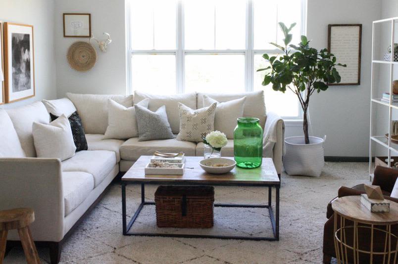 Living room at Millstone of Noblesville in Noblesville