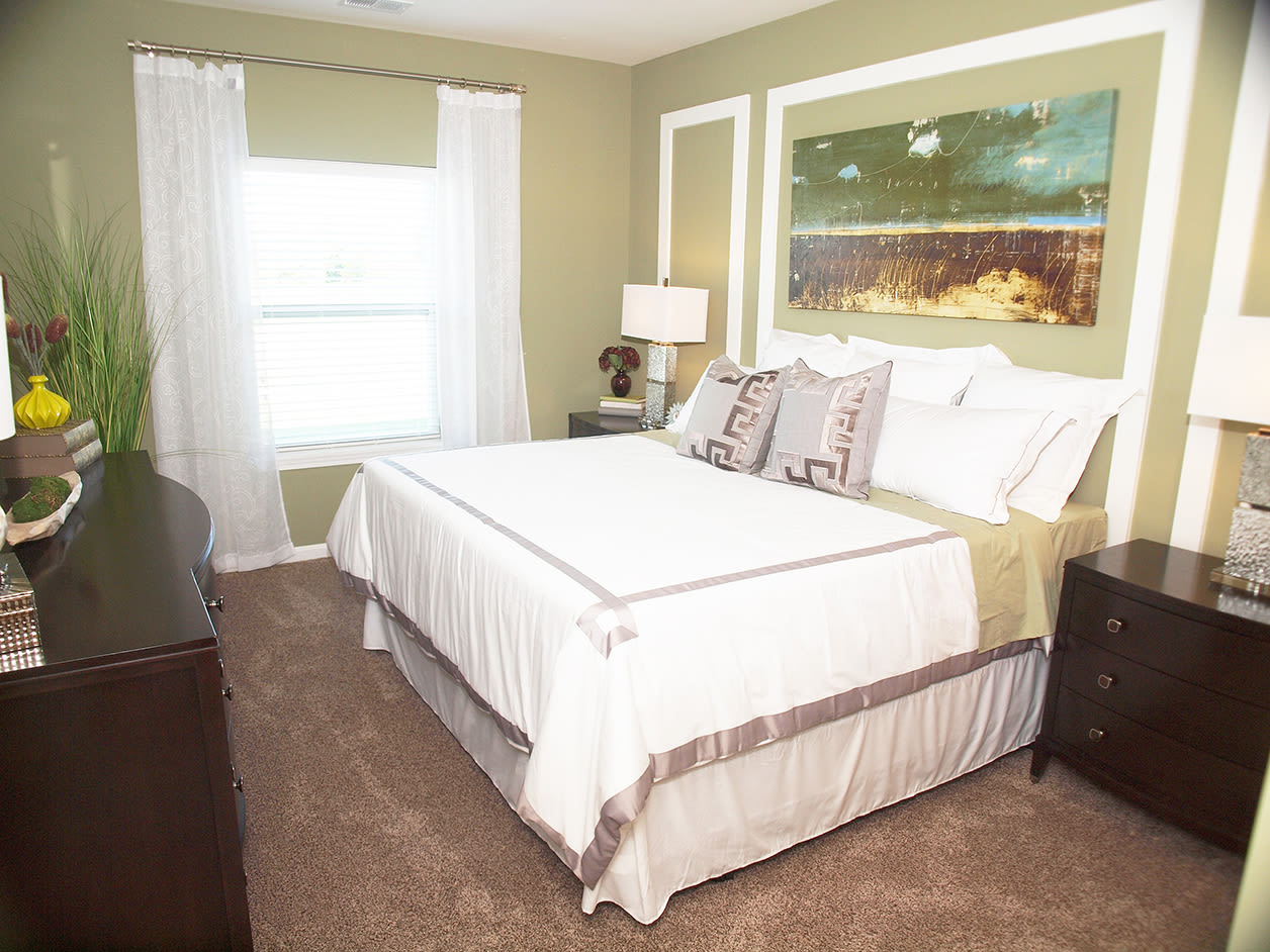 Spacious master bedroom at Kendal on Taylorsville in Louisville, Kentucky