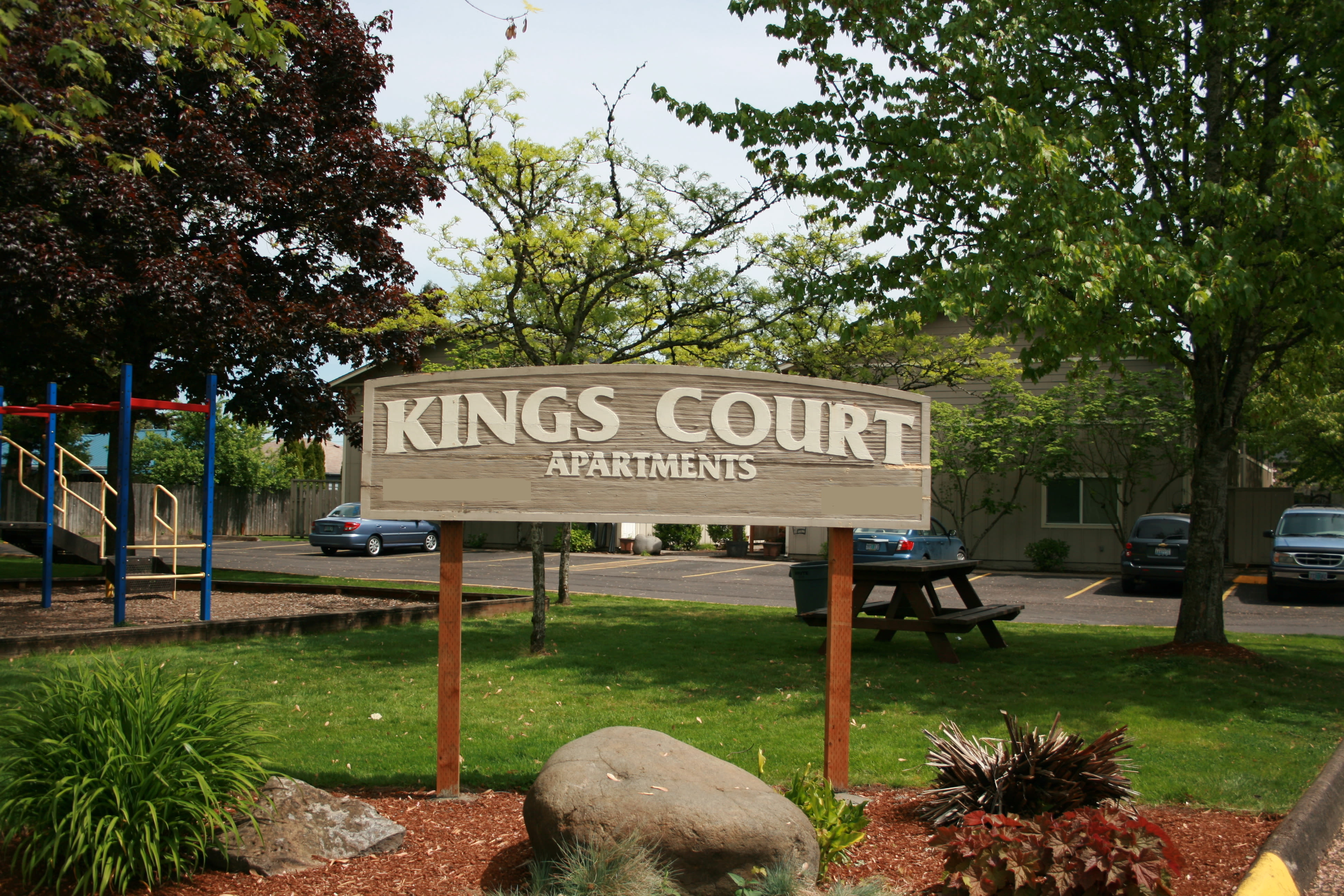 Sign at Kings Court