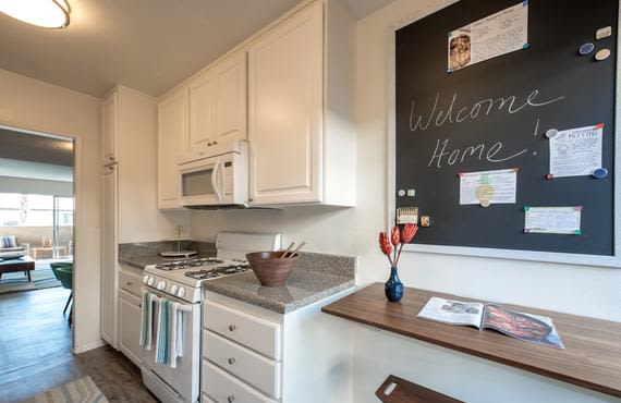 Beautiful kitchen area at Sofi Thousand Oaks in Thousand Oaks, CA
