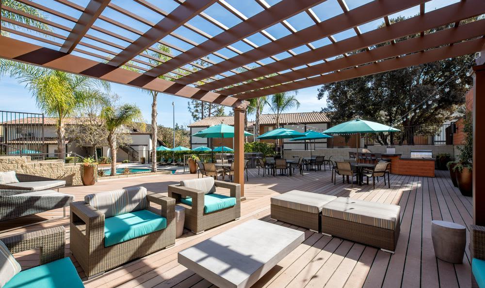 Swimming pool at Sofi Thousand Oaks in Thousand Oaks, CA