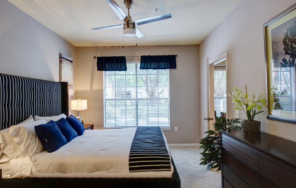 Beautiful bed room at apartments in Houston, Texas