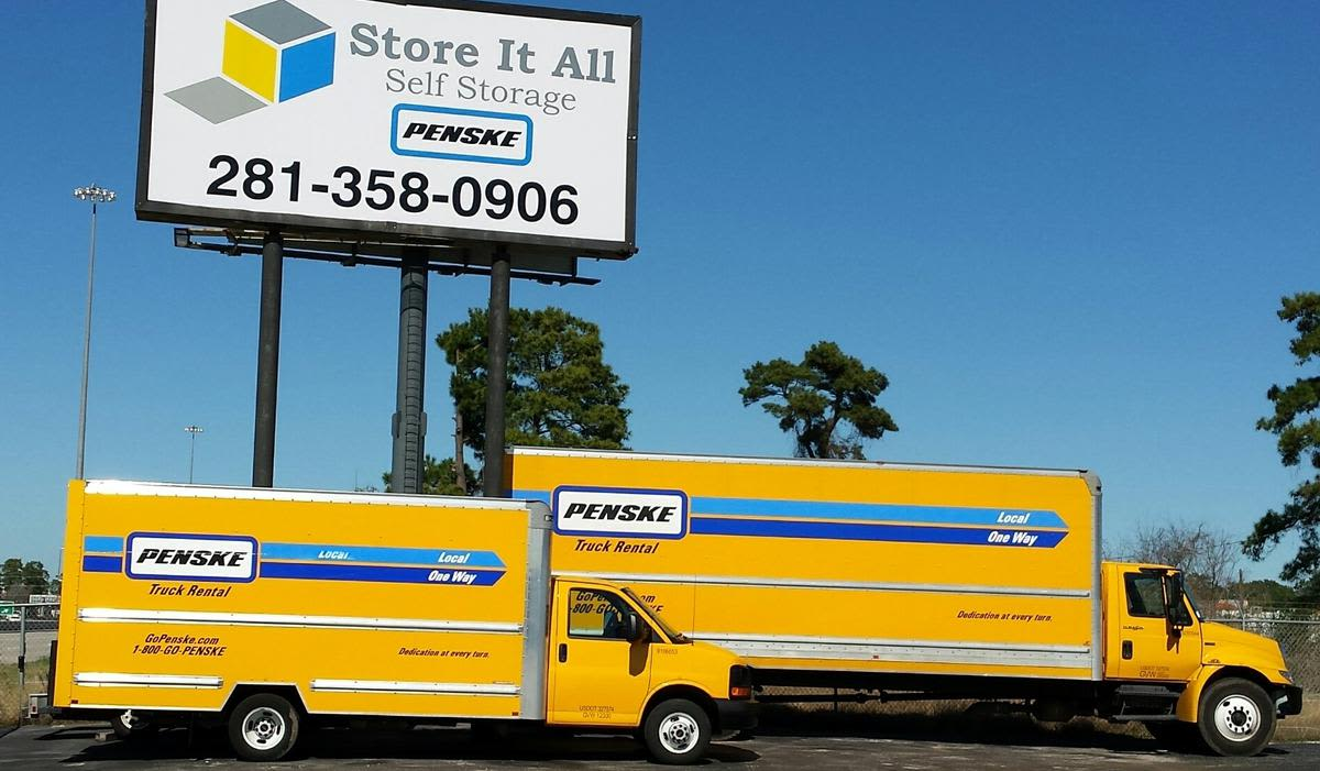 Full service at Store It All Self Storage - Kingwood in Kingwood, TX