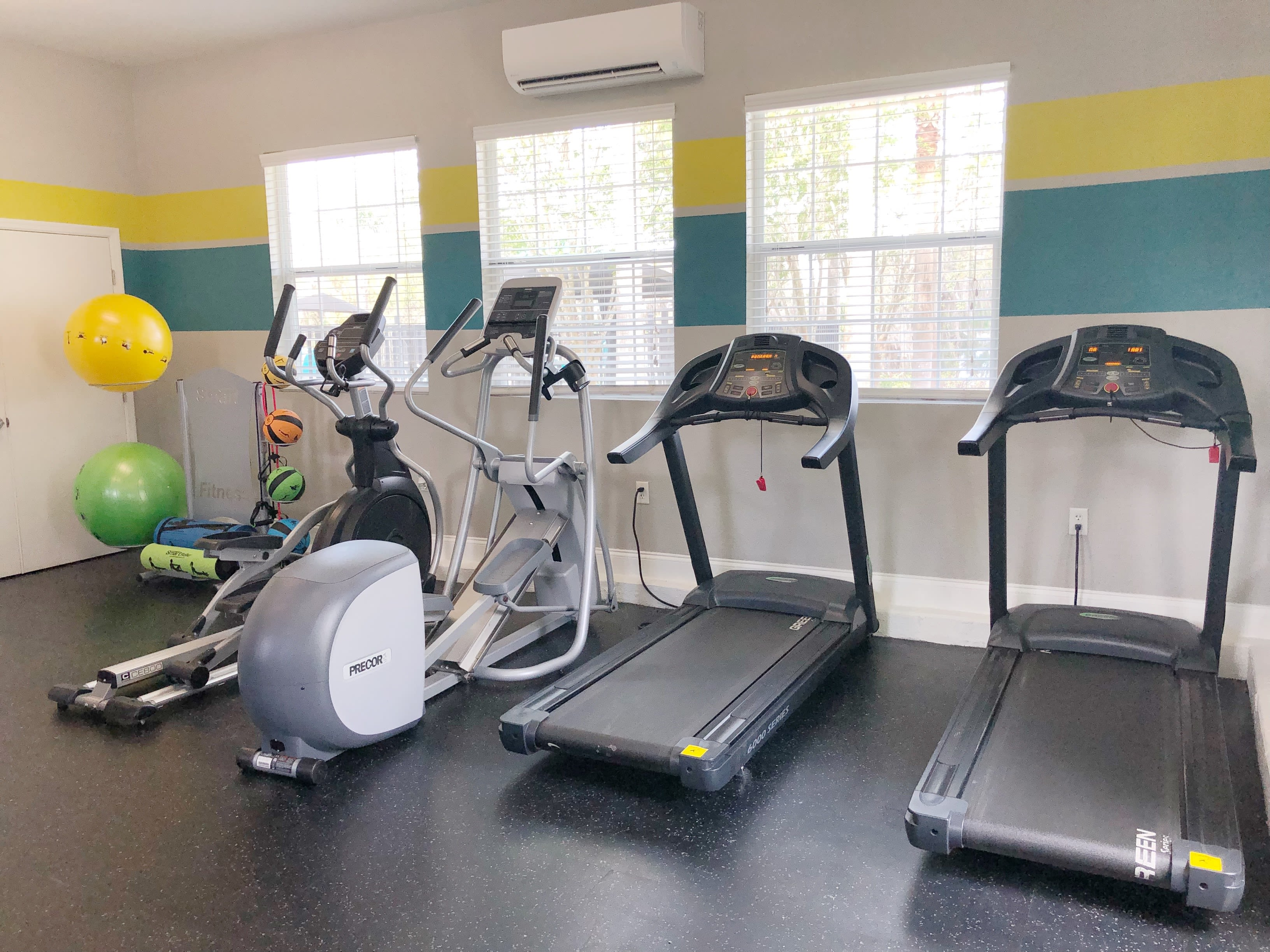 Fitness center at The Avenue