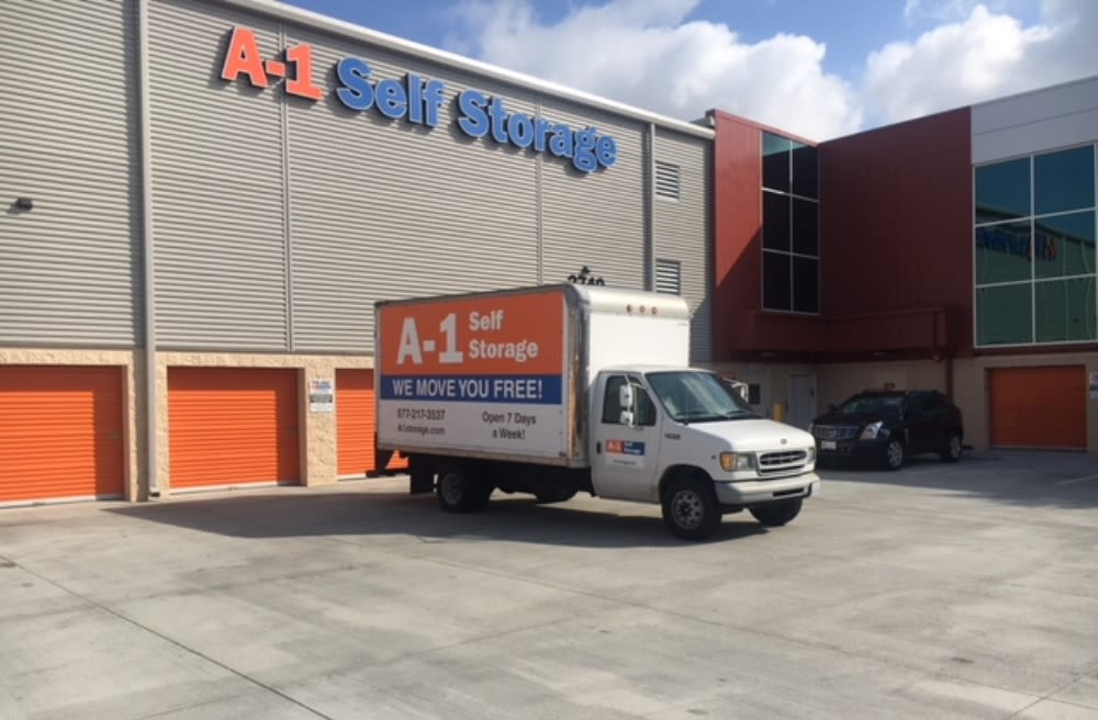 a 1 self storage free moving truck in san diego ca. Black Bedroom Furniture Sets. Home Design Ideas