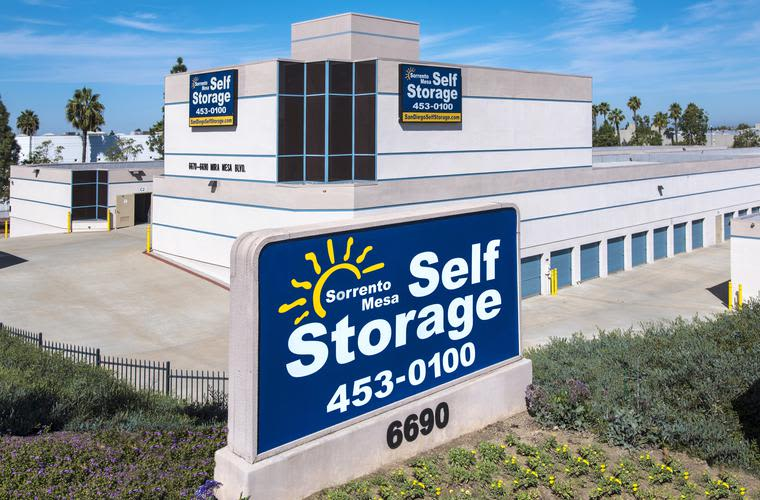 Our sign welcomes customers and potential customers at Sorrento Mesa Self Storage in San Diego/