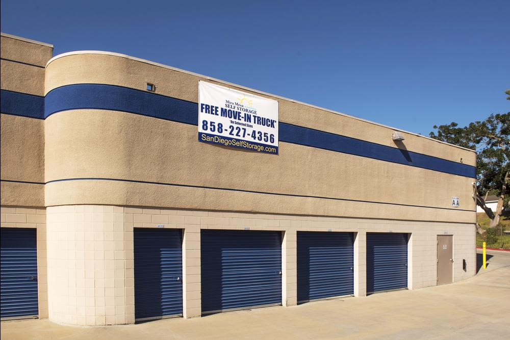 Clean storage units in San Diego, CA