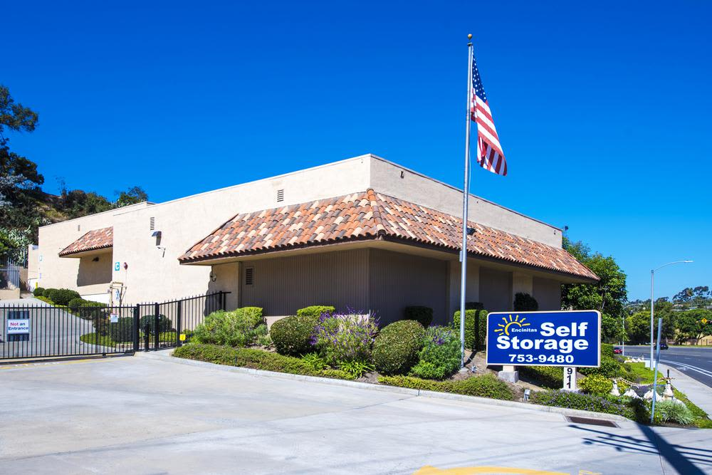 External view of Encinitas Self Storage