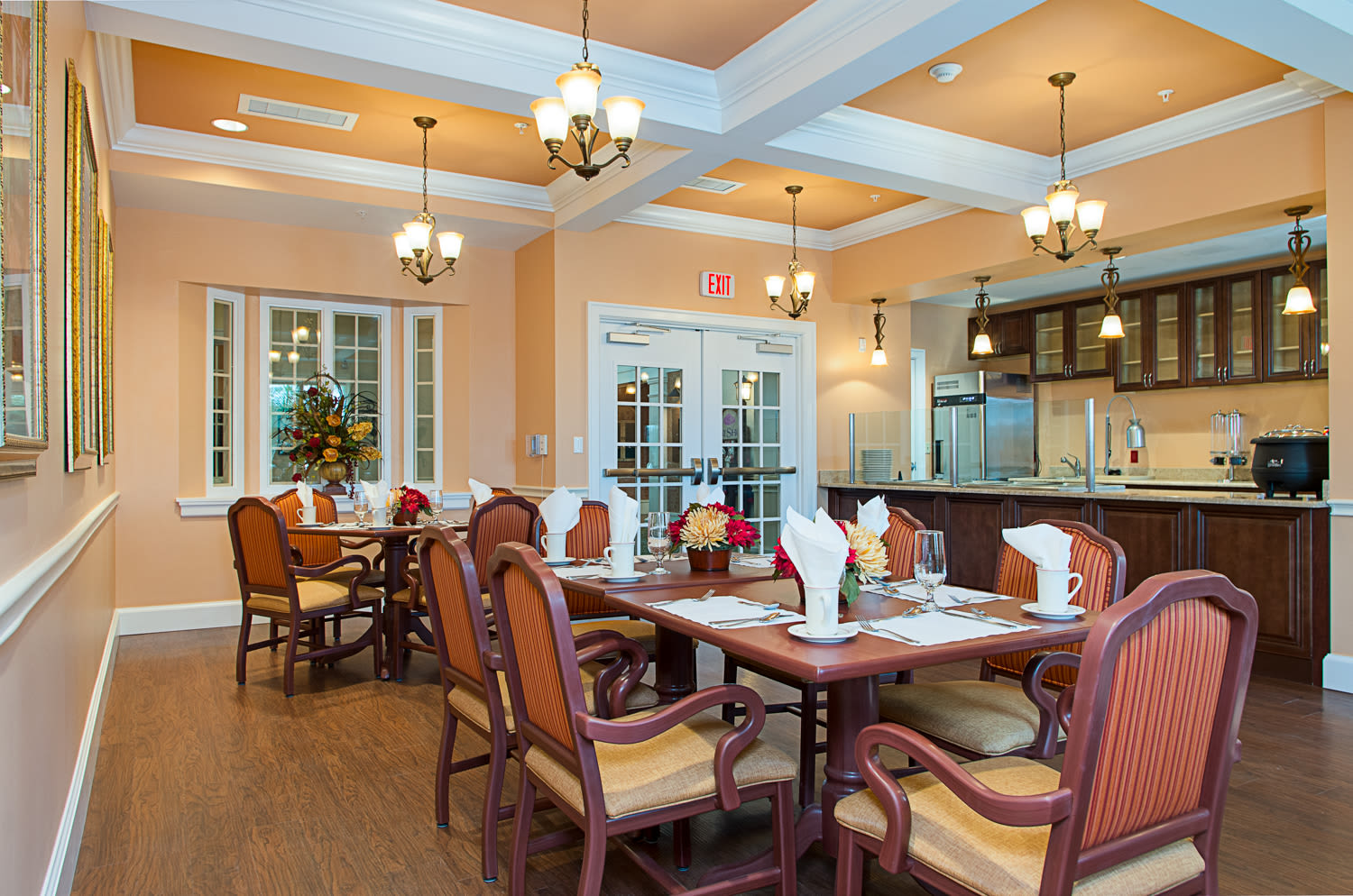Dining hall at Grand Villa of Melbourne in Florida