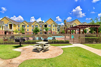 Submit an online payment at IMT Kingwood in Kingwood, Texas