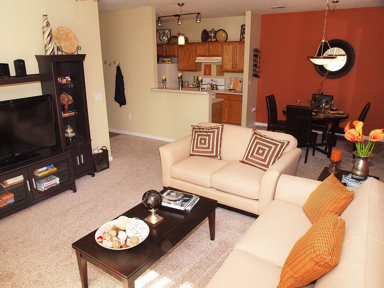Living room at Wellington Place Apartments