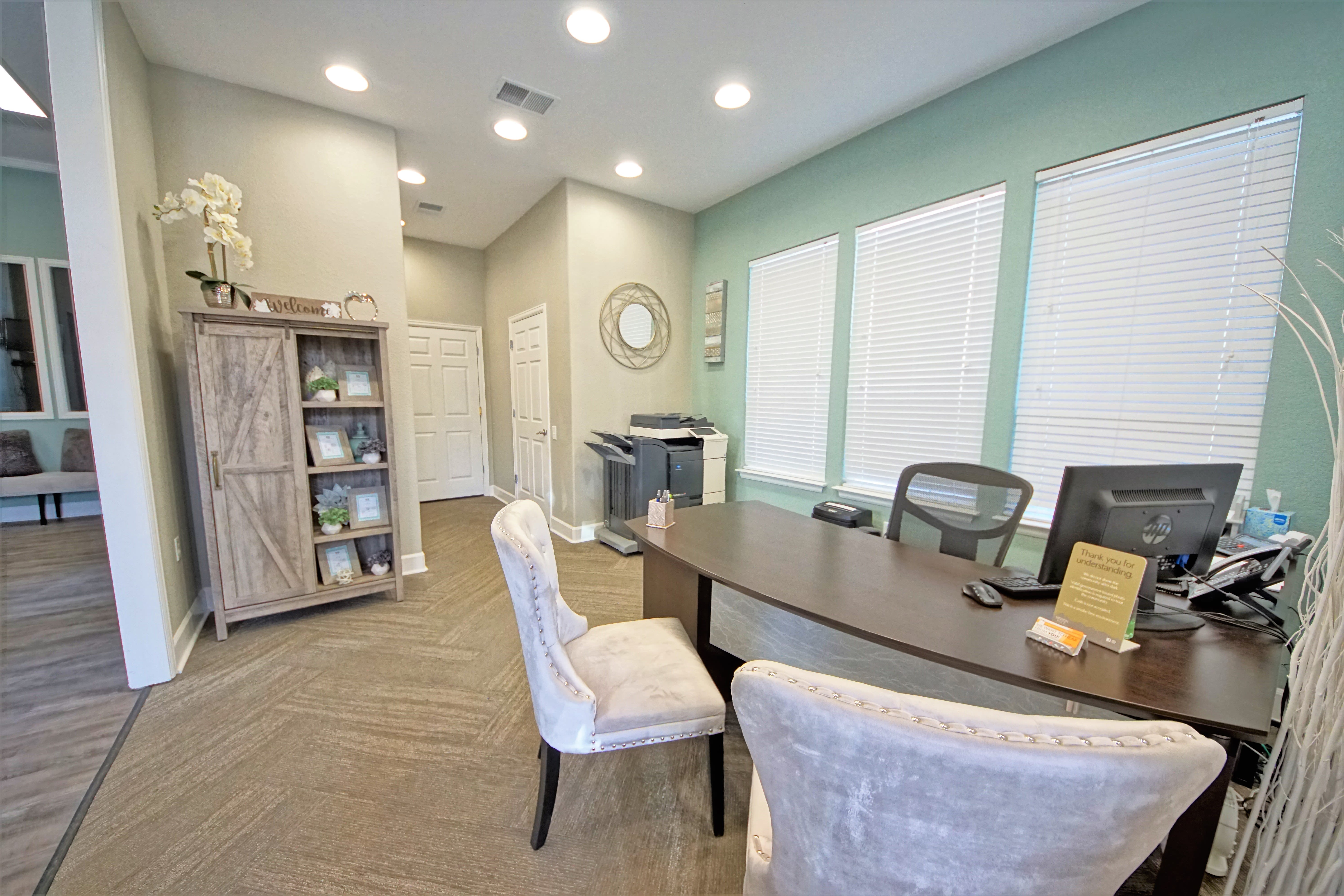 Leasing Center Reserve at Centerra Apartment Townhomes