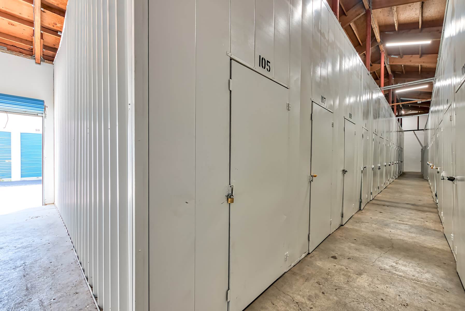 Indoor storage units in Big Bear
