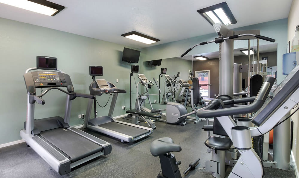 Gym At Maple Glen Apartments In Mountlake Terrace WA