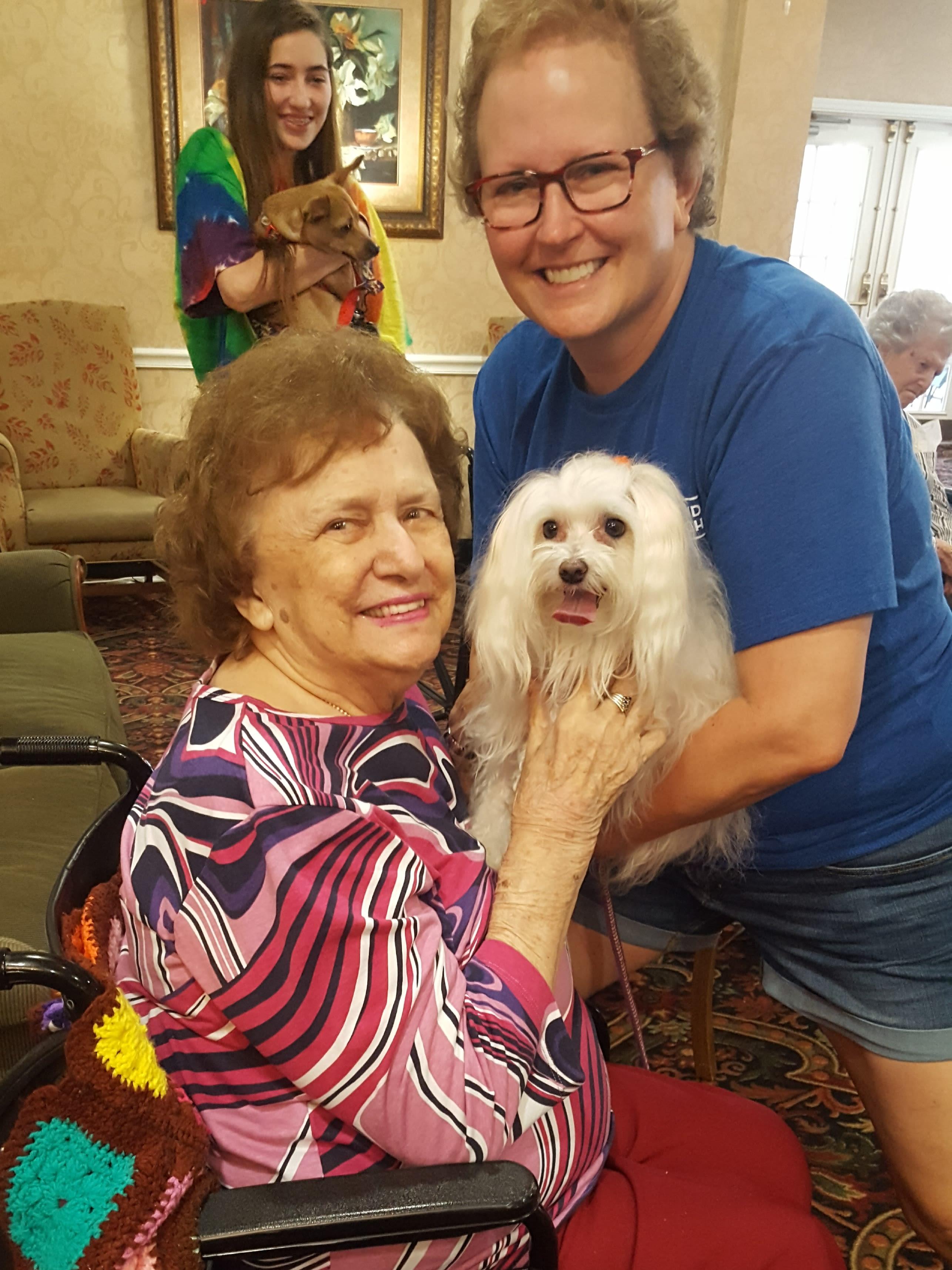 Resident at Savannah Court of Maitland Senior Living in Maitland Florida