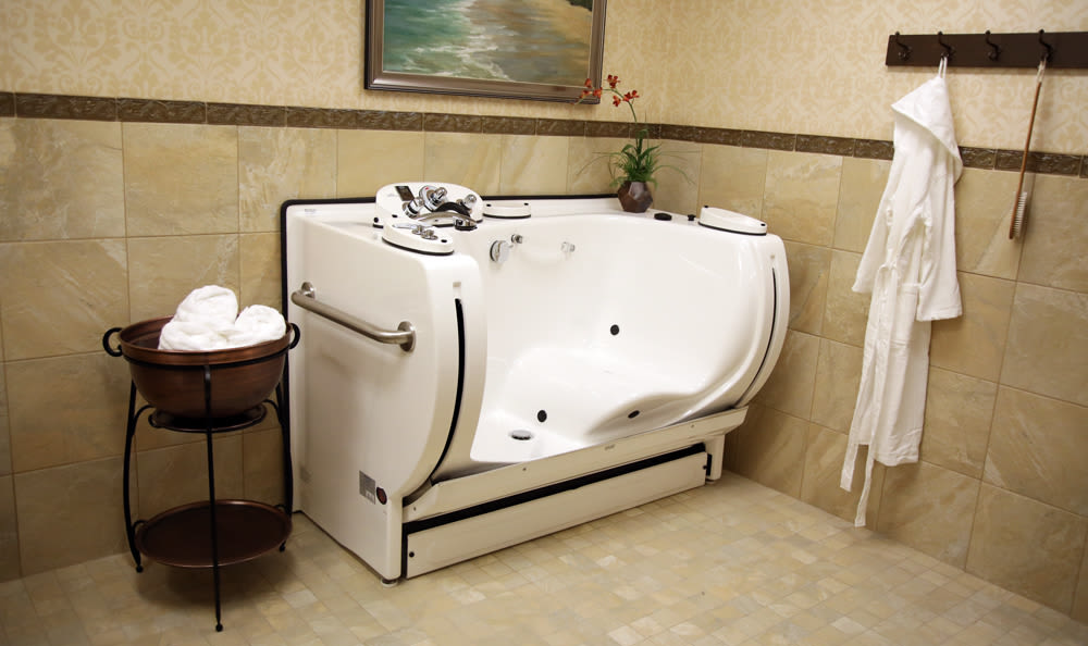 Jetted Tub Inside of Our Senior Living Community In Edmonds