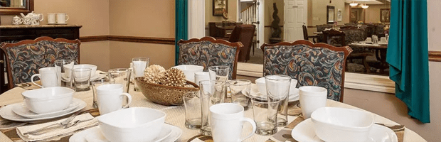 Dining offerings available at Lakeview Senior Living.