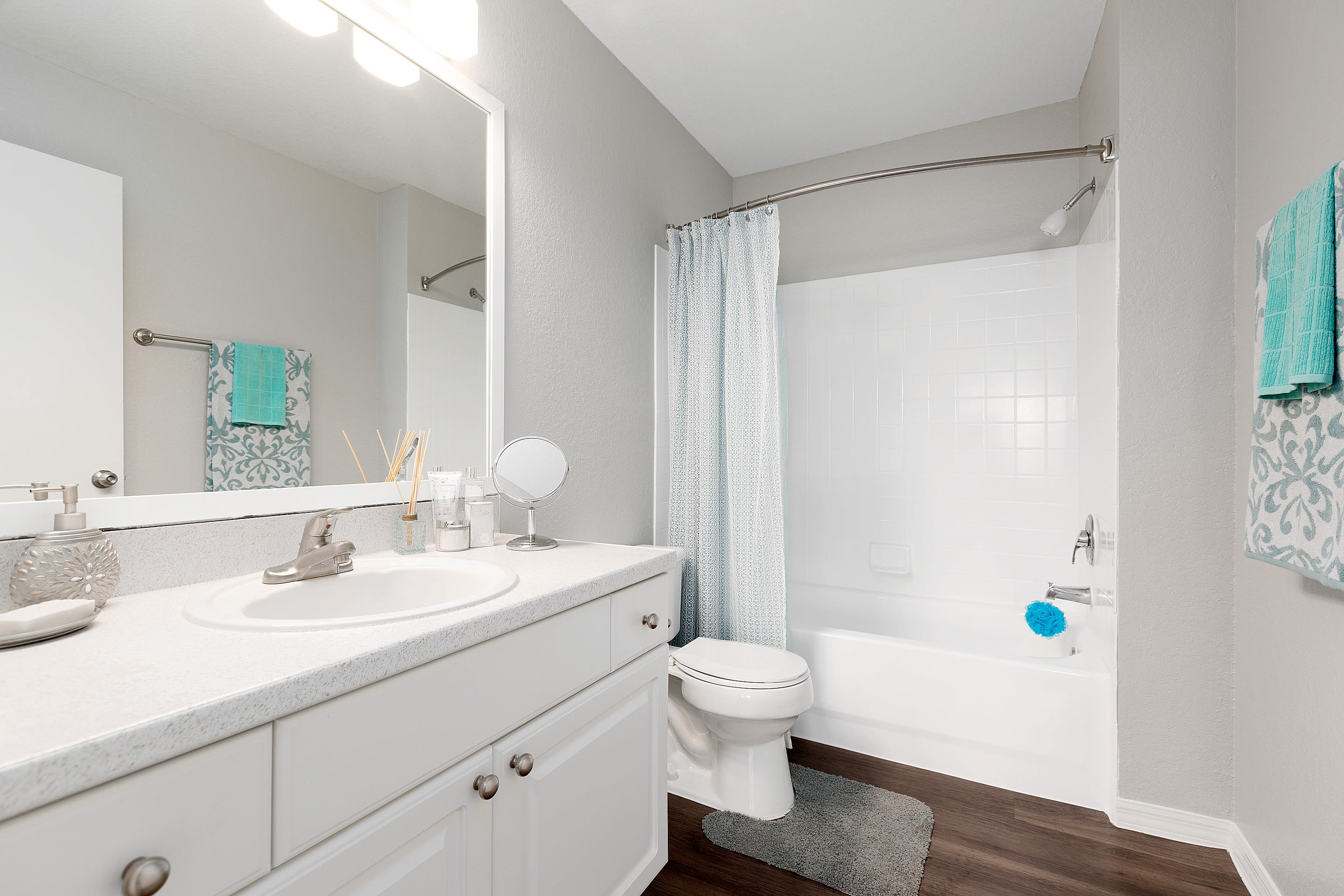 renovated apartments at The Avenue in Ocoee