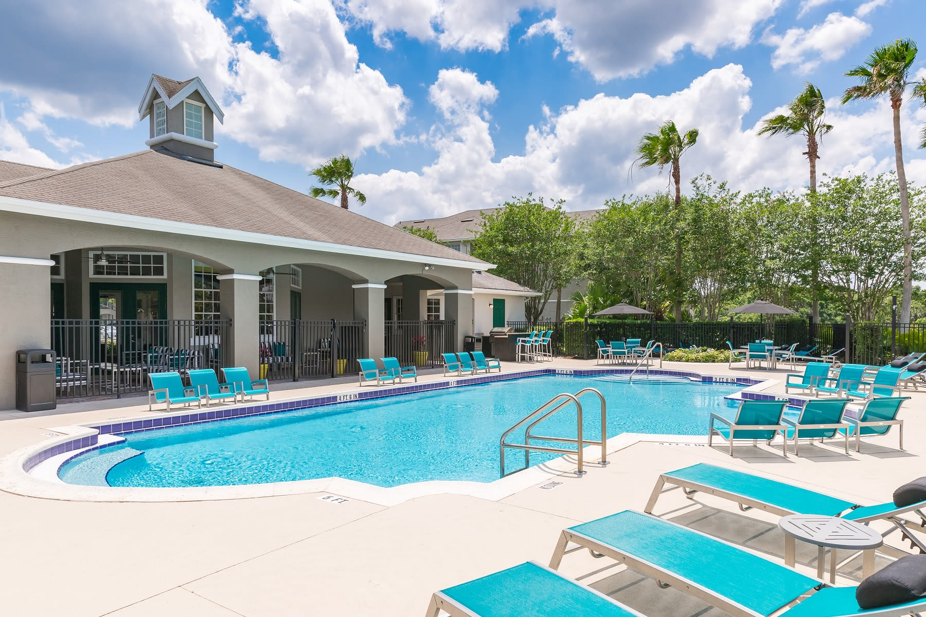 Resort Style Pool at The Avenue in Ocoee