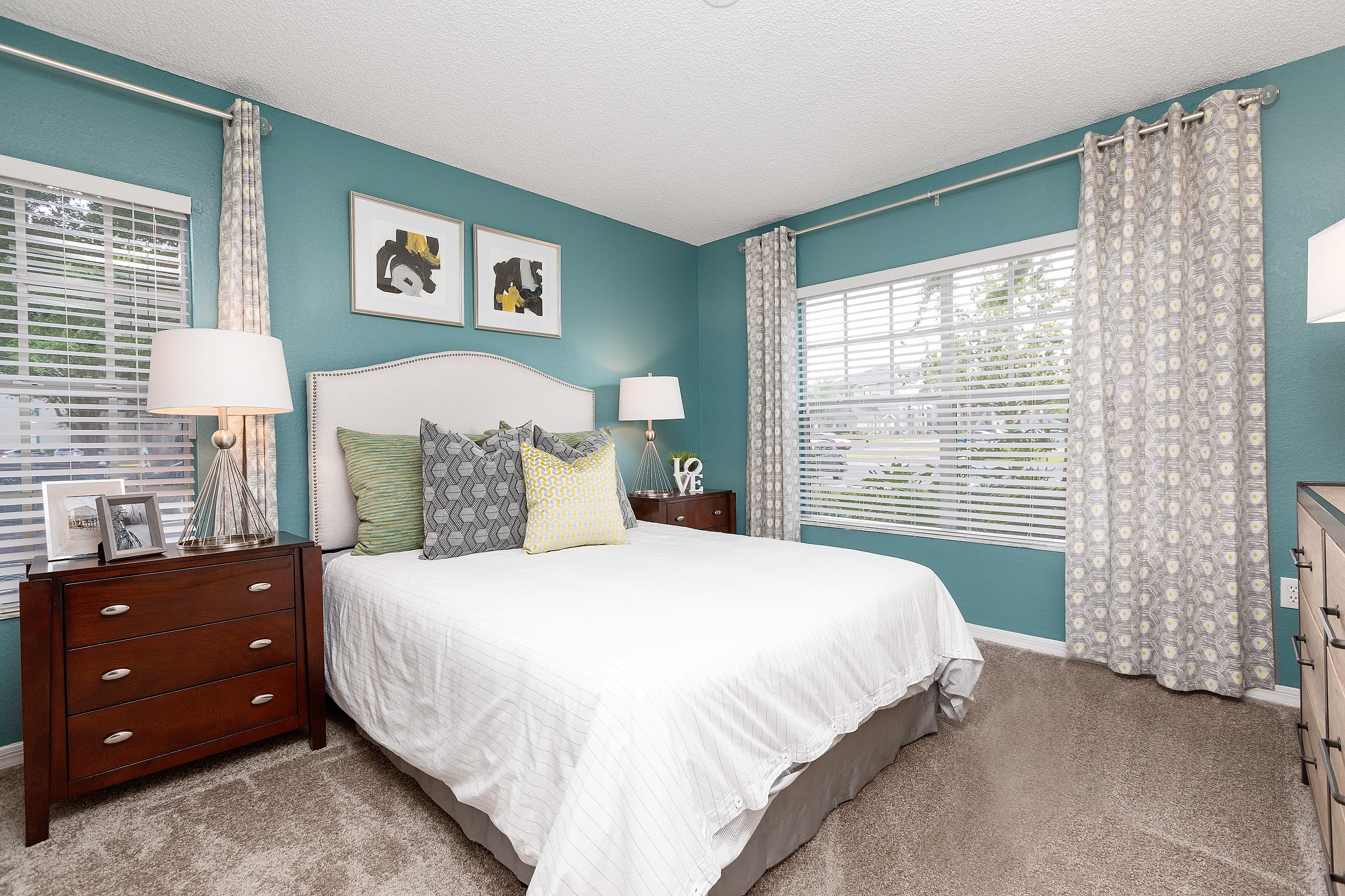 spacious bedrooms at The Avenue in Ocoee