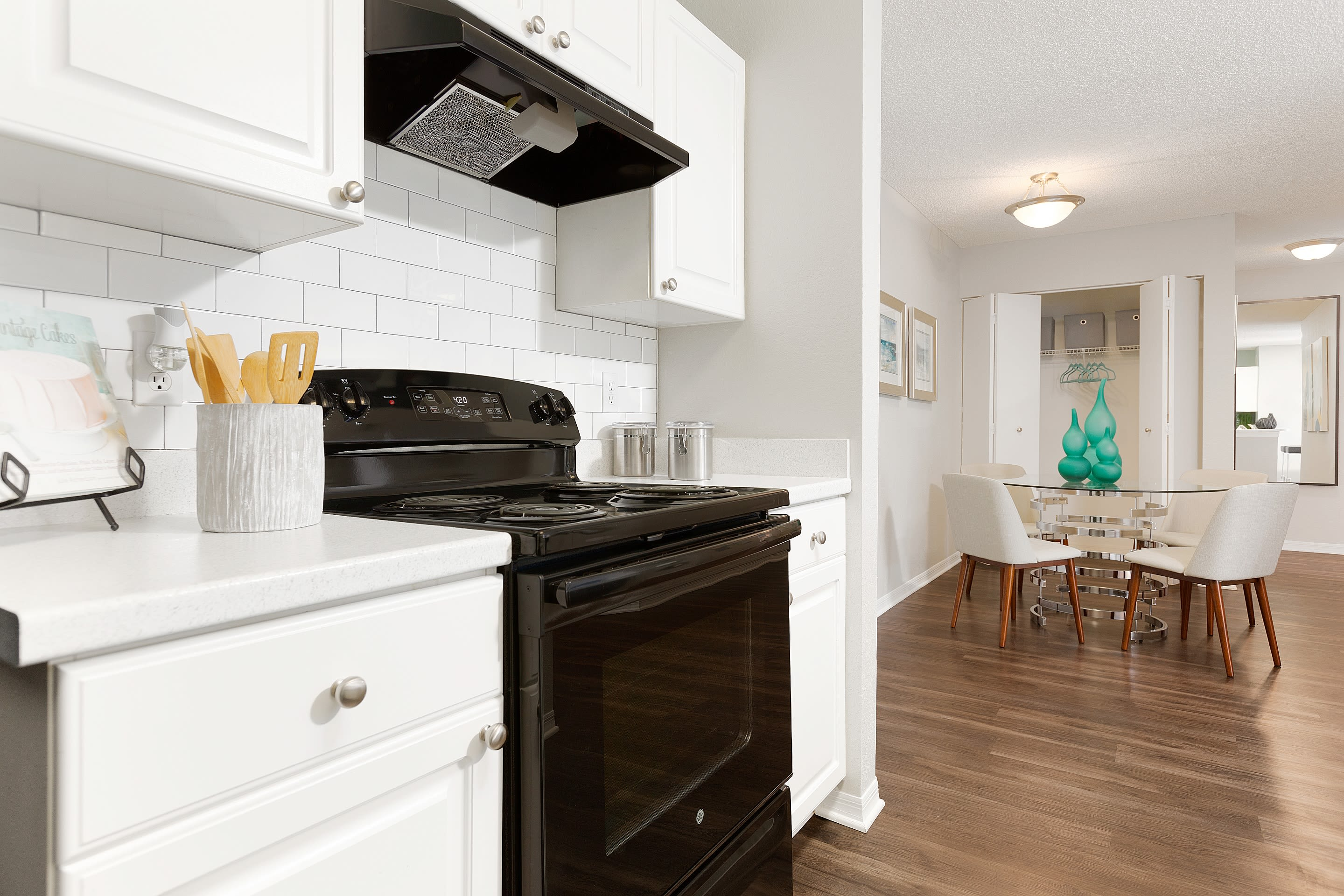 newly renovated kitchens at The Avenue in Ocoee