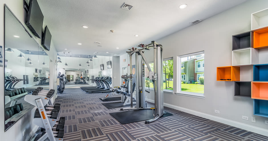 Windscape of Naperville Apartments offers an equipped gym in Naperville, IL