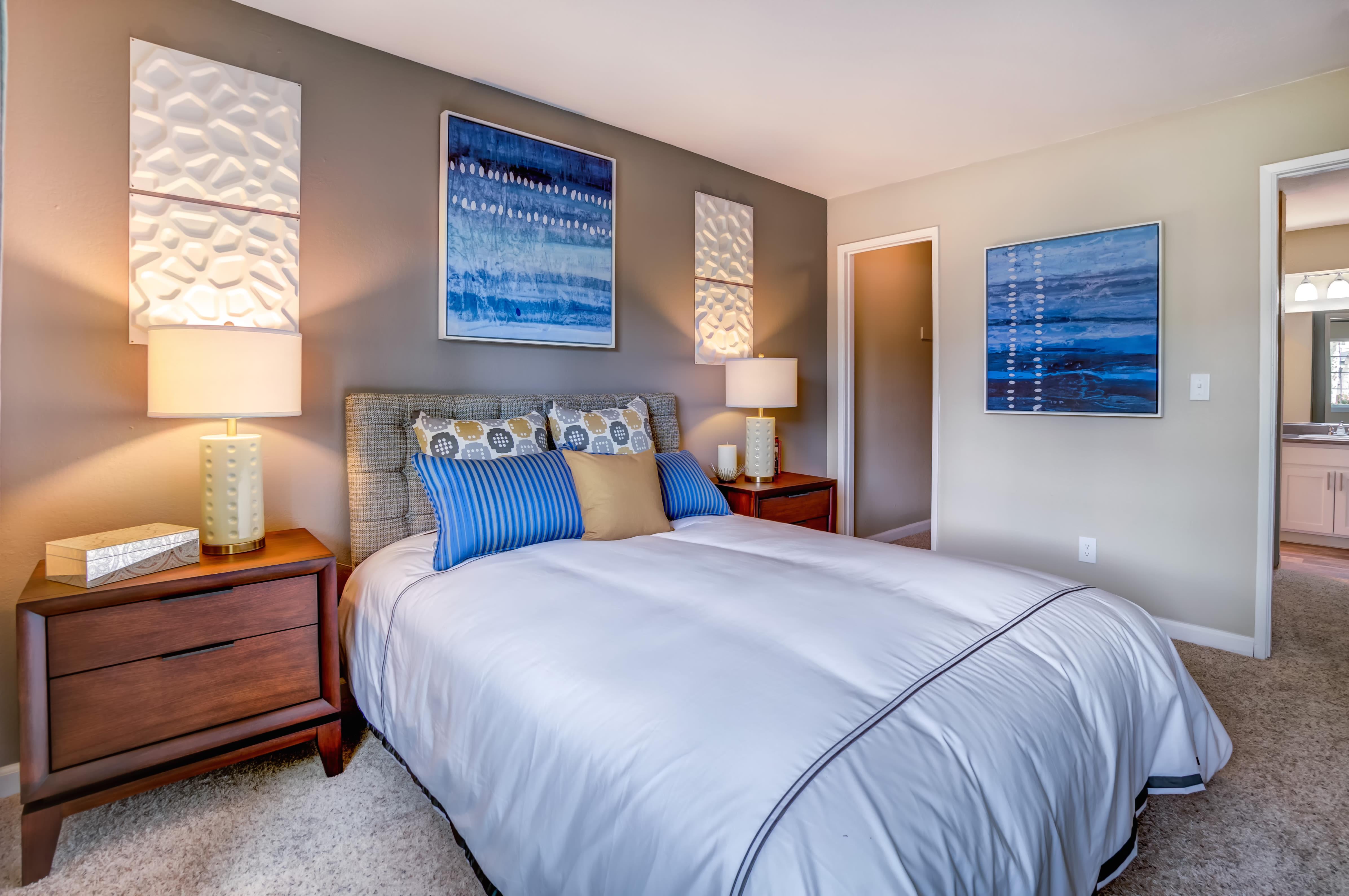 Bedroom at Sofi at Los Gatos Creek in San Jose, CA