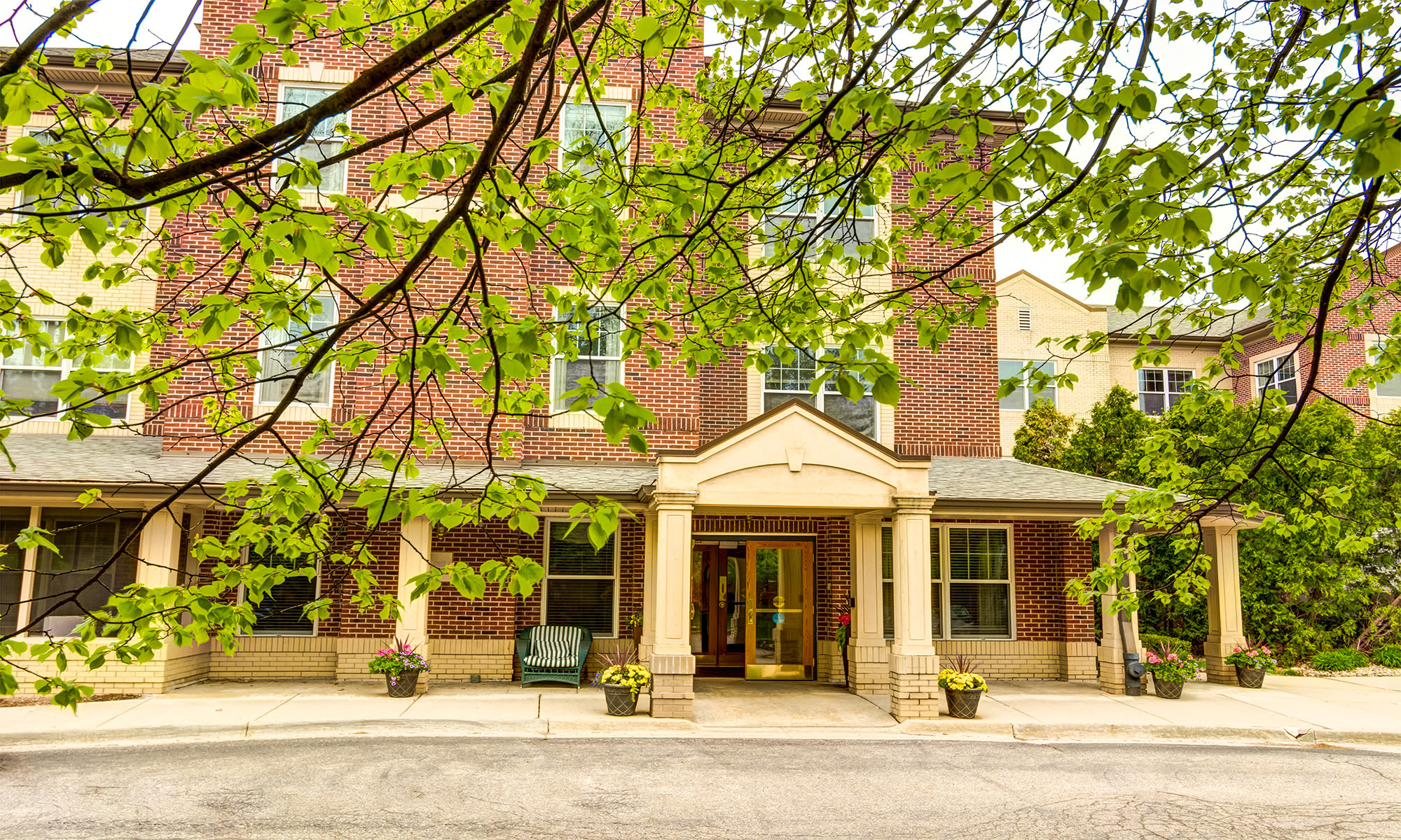 Senior living in West Bloomfield Township, MI