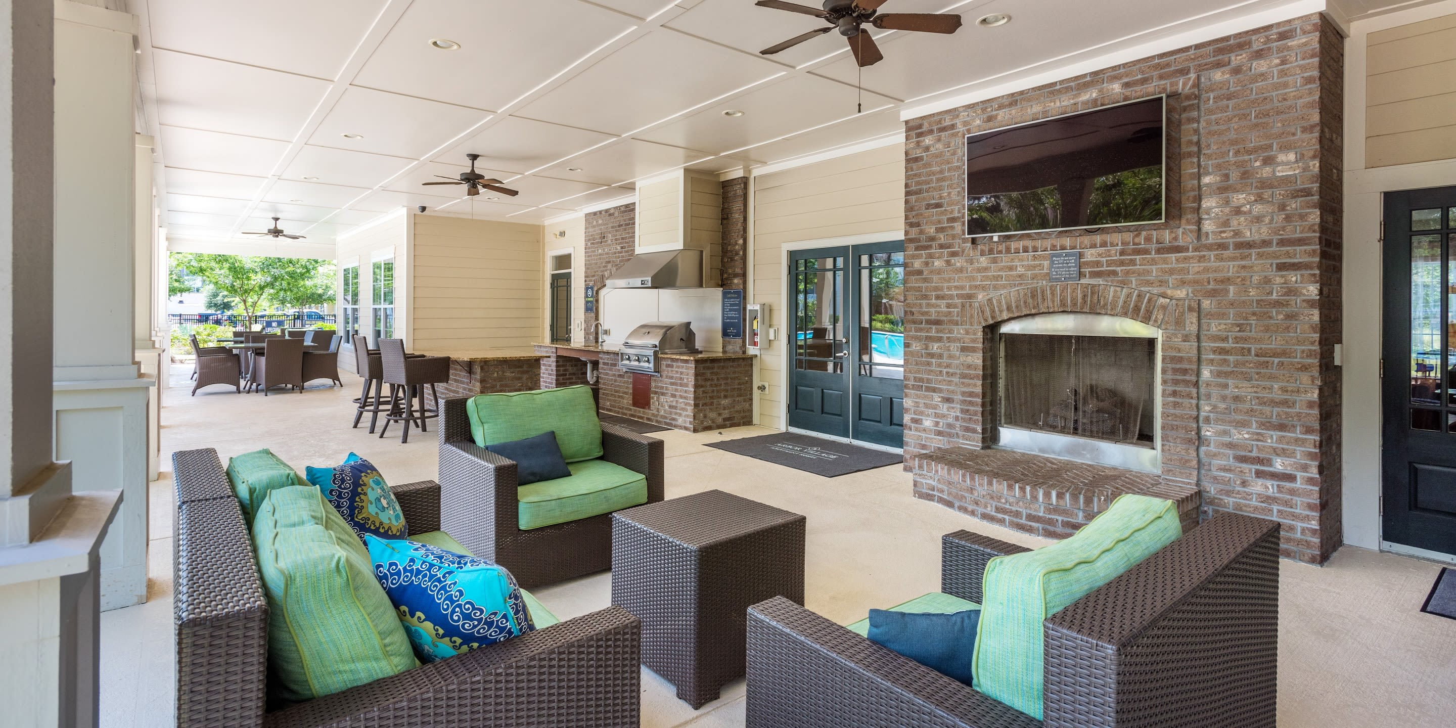 Spacious back porch Arbor Village in Summerville, South Carolina
