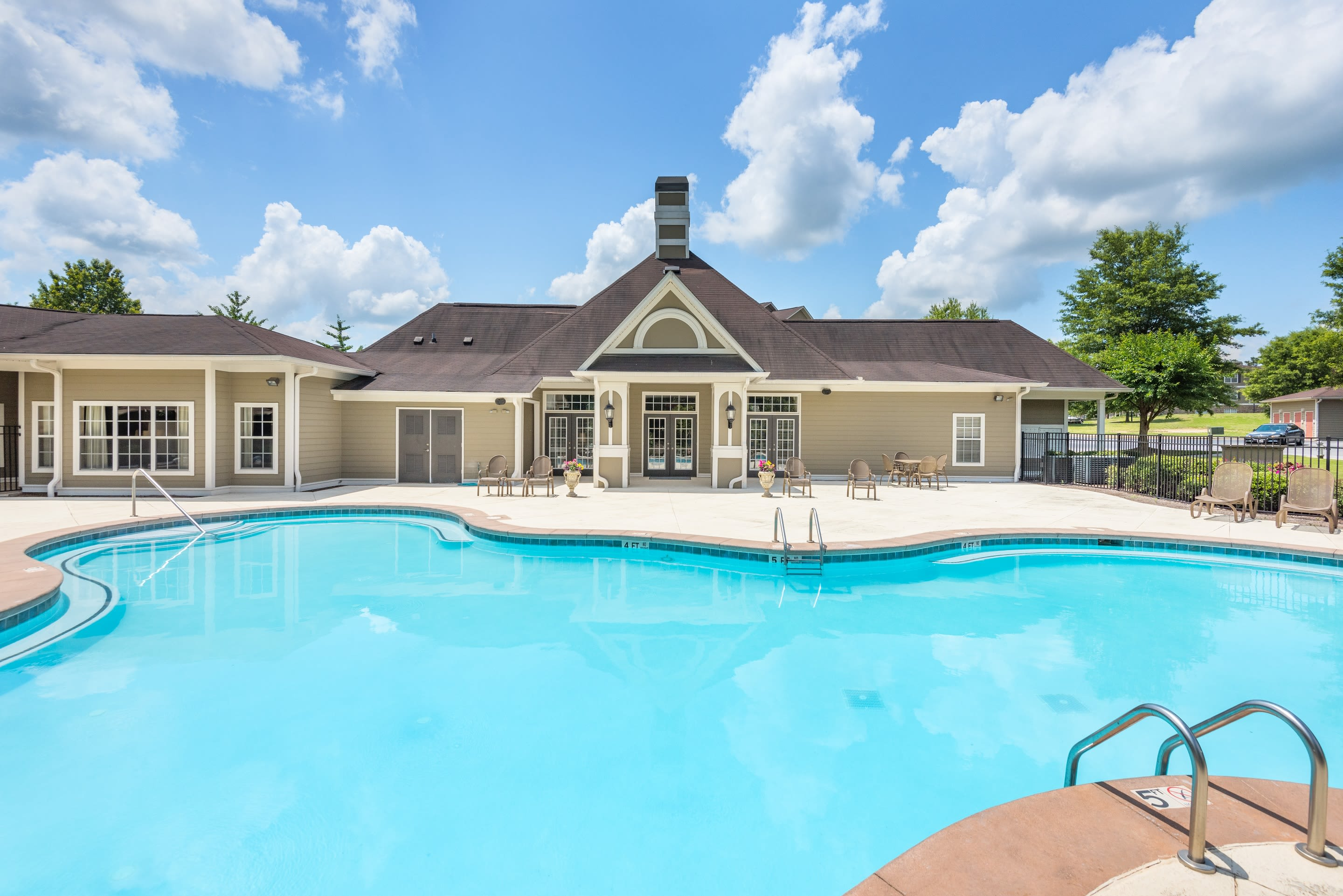 One Rocky Ridge Apartment Homes offers a luxury swimming pool in Douglasville, Georgia