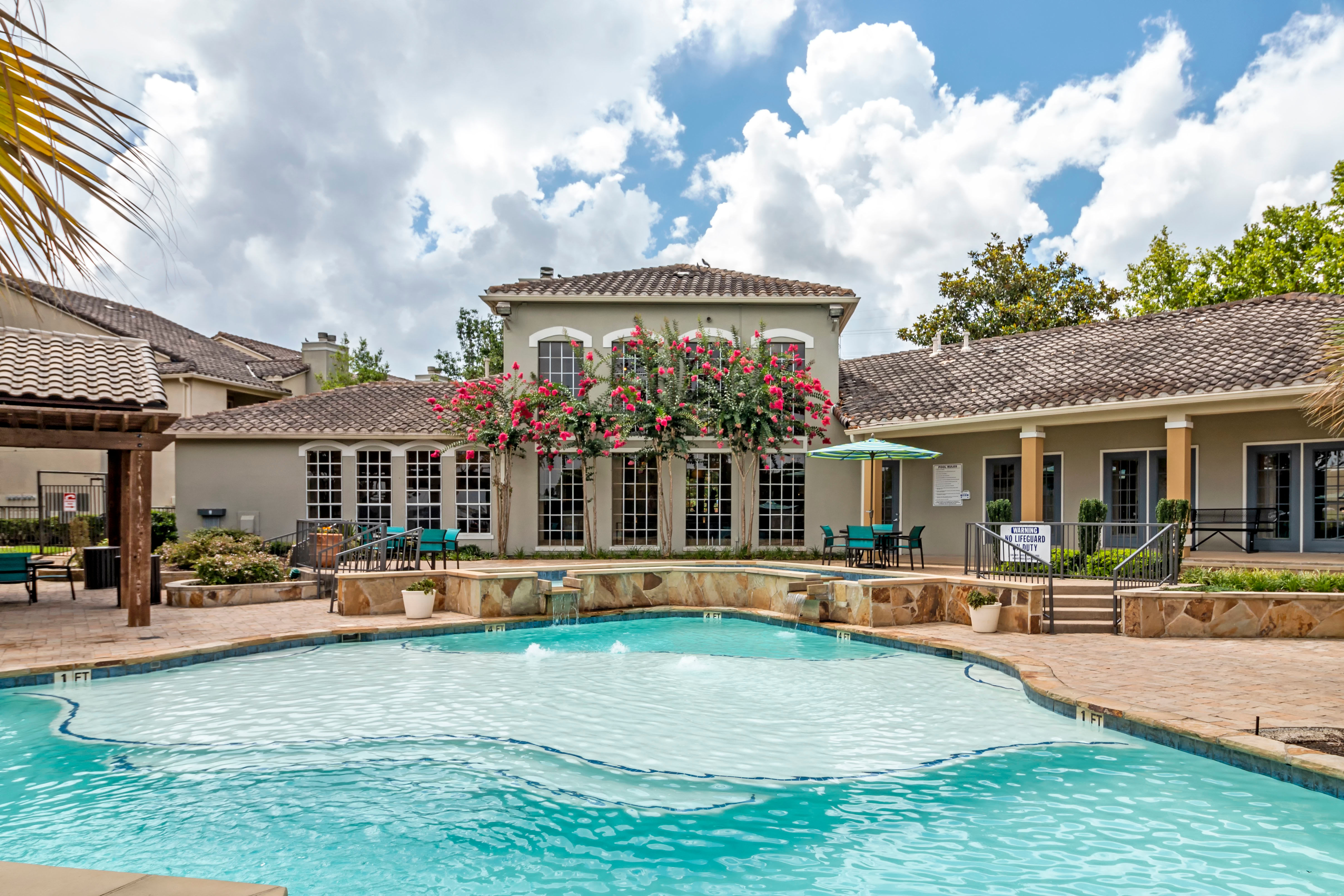 Beautiful Pool At Signature Point Apartments In League City TX