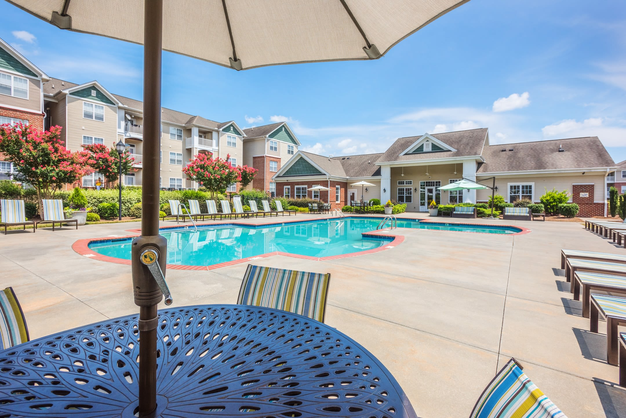 Our state-of-the-art apartments in Charlotte, North Carolina showcase a swimming pool