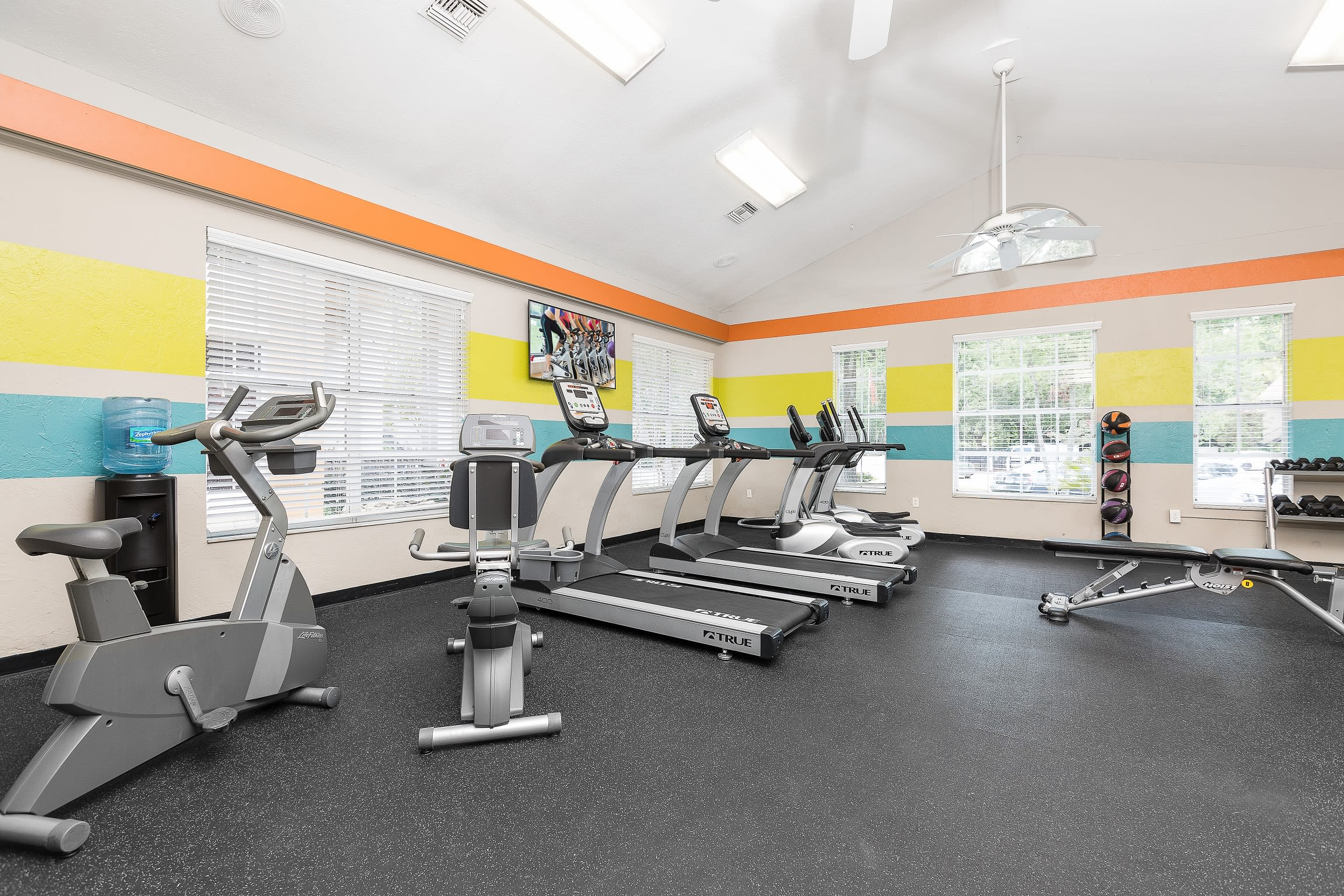 Great amenities found at The Vue at Baymeadows Apartment Homes in Jacksonville, Florida