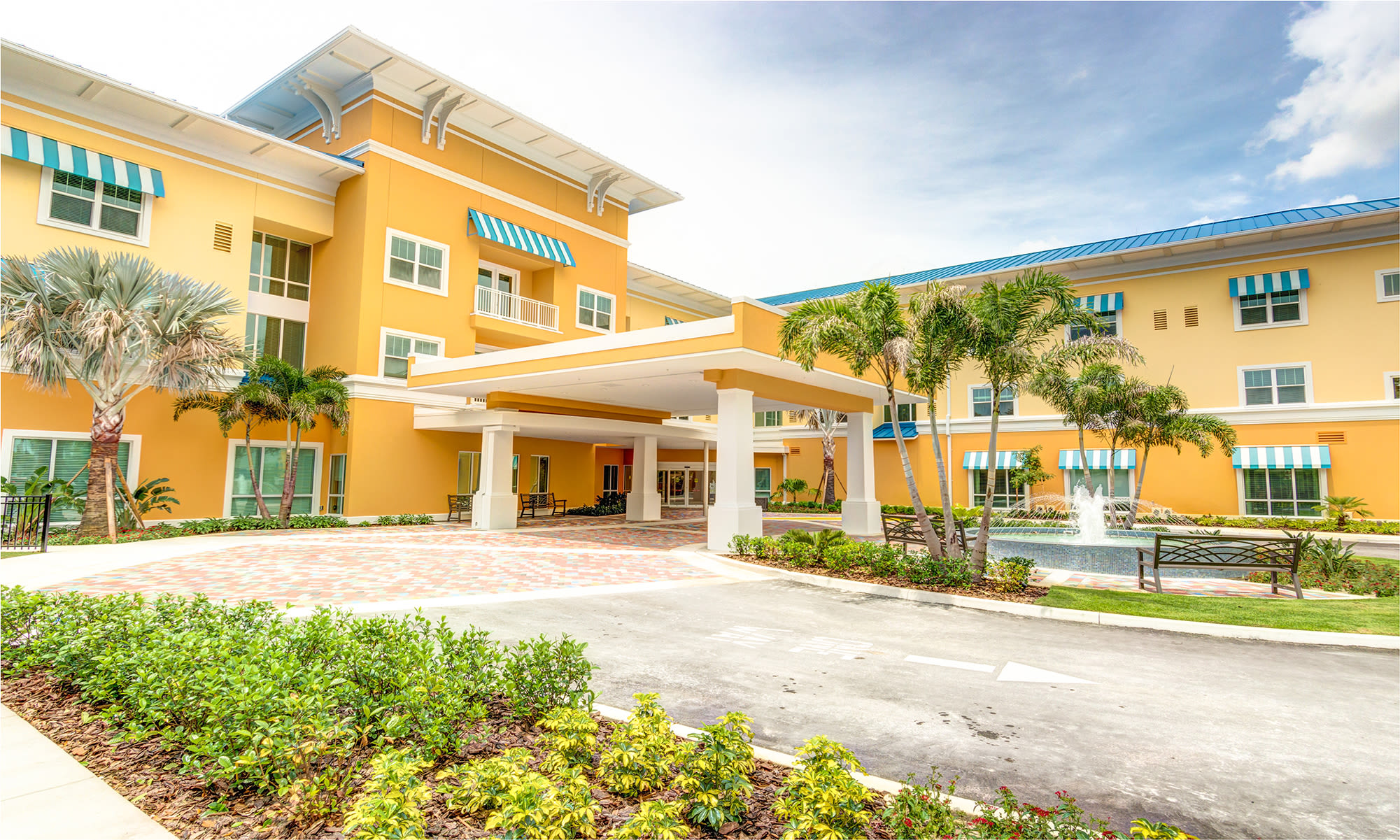 Senior living at Symphony at Delray Beach in Delray Beach, Florida