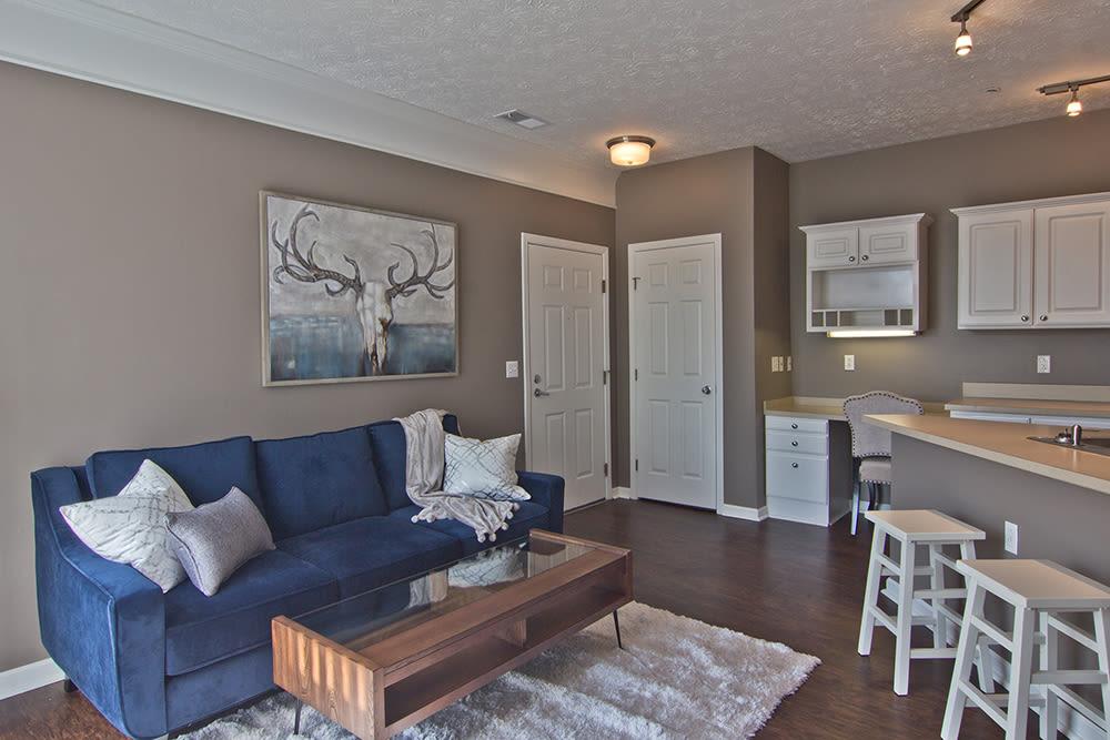 Cozy living room at Preston Gardens in Perrysburg, Ohio